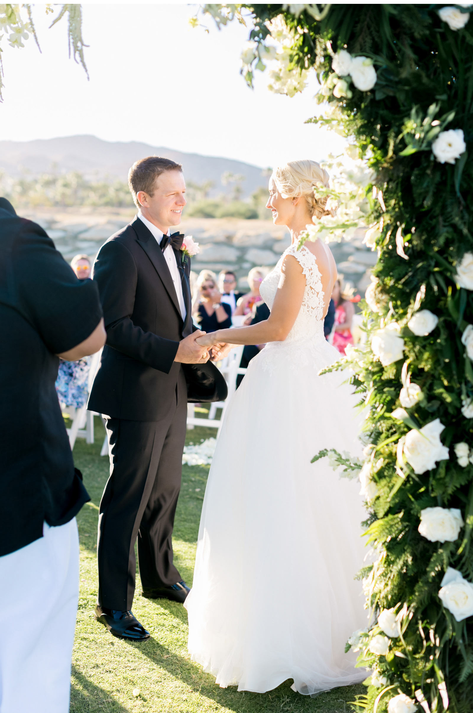Style-Me-Pretty-Cabo-Wedding-Natalie-Schutt-Photography_05.jpg