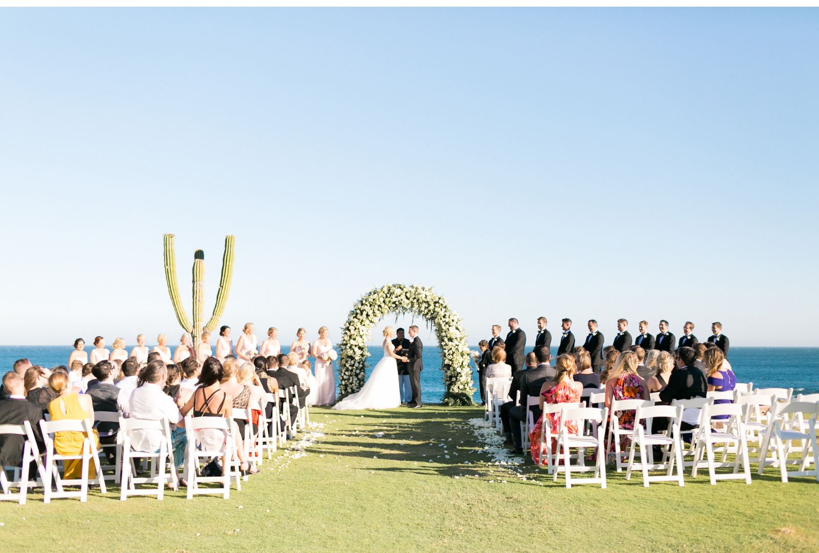 Style-Me-Pretty-Cabo-Wedding-Natalie-Schutt-Photography_10.jpg