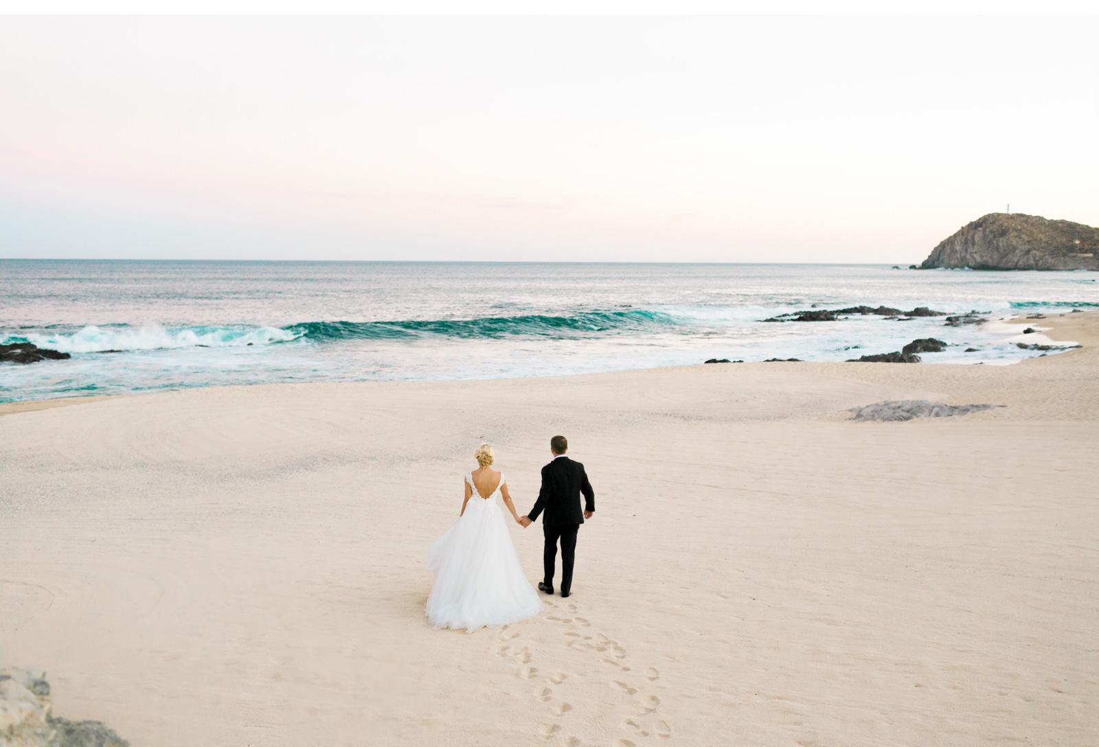 Hawaii-Destination-Wedding-Natalie-Schutt-Photography-Style-Me-Pretty_02.jpg