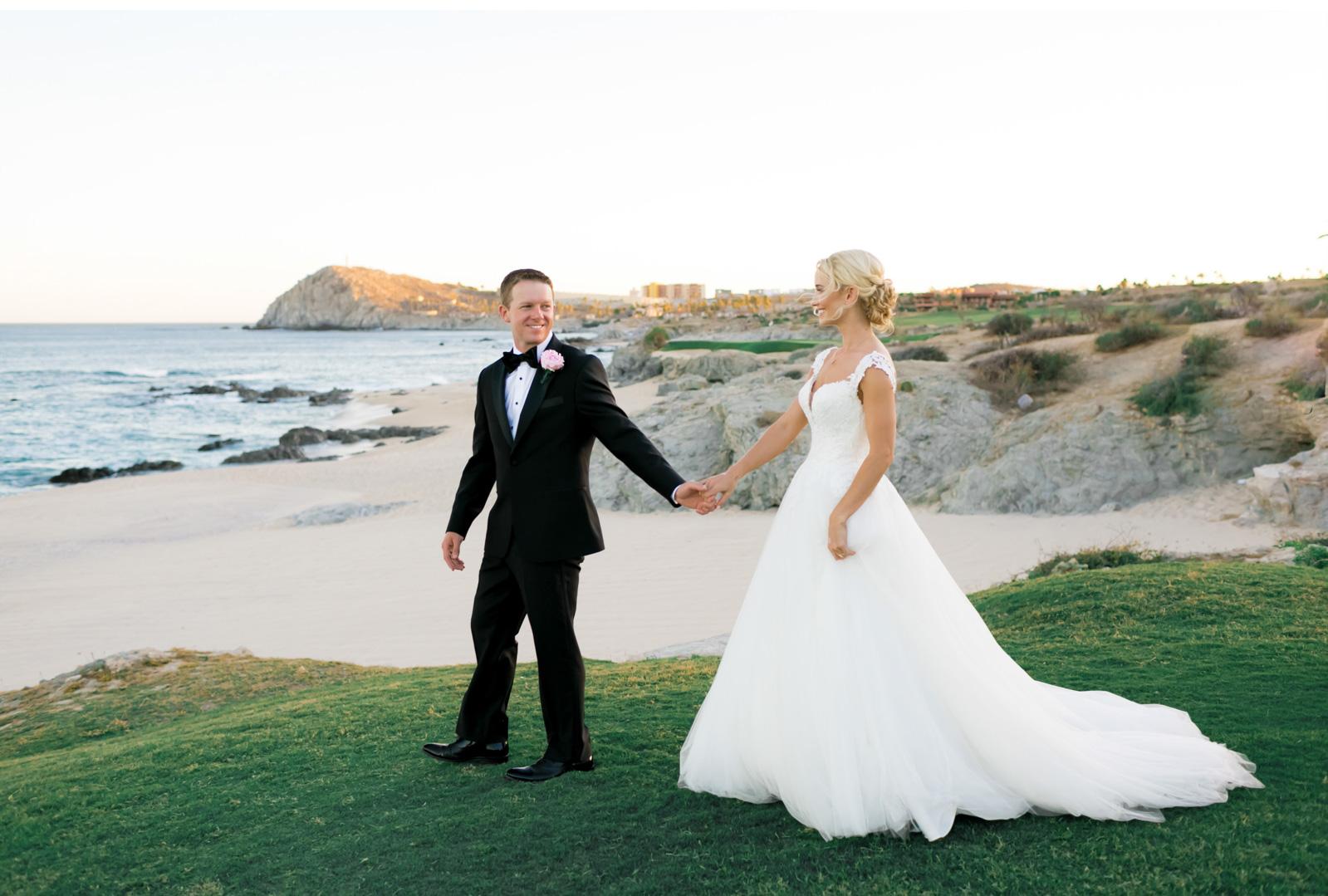 Hawaii-Destination-Wedding-Natalie-Schutt-Photography-Style-Me-Pretty_14.jpg