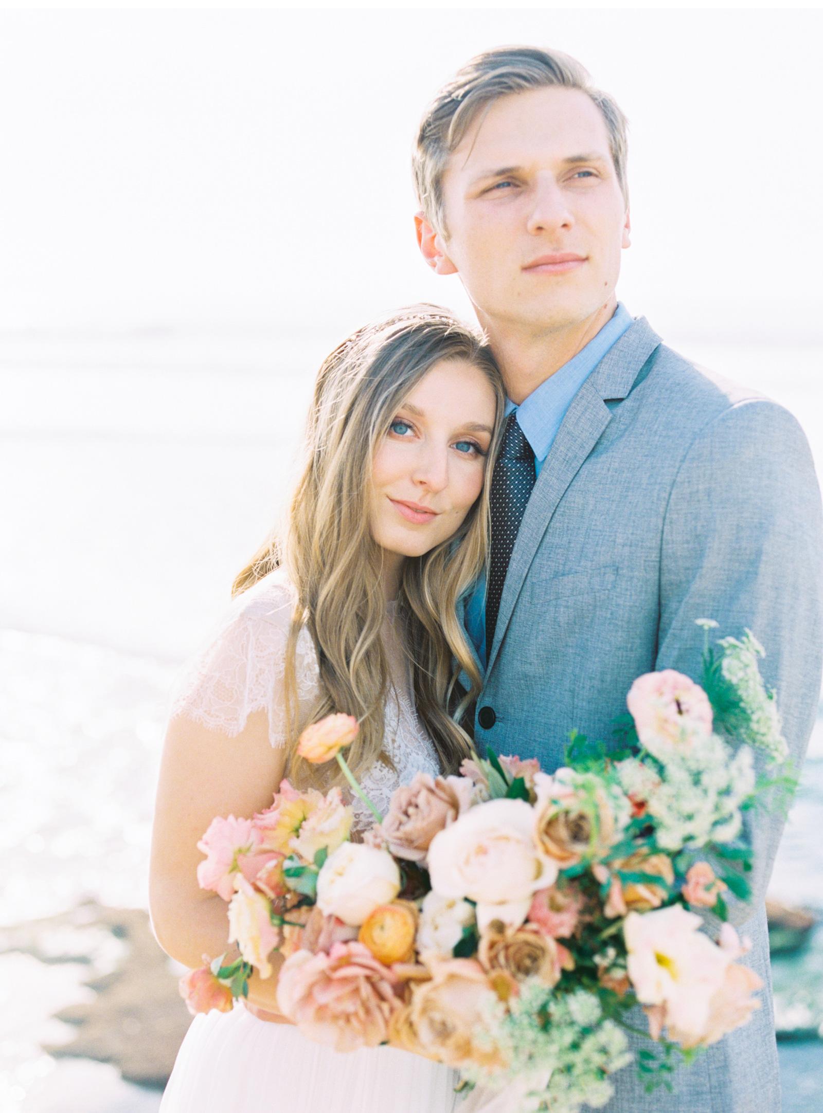 Hawaii-Fine-Art-Wedding-Photographer-Natalie-Schutt-Photography-Style-Me-Pretty_04.jpg