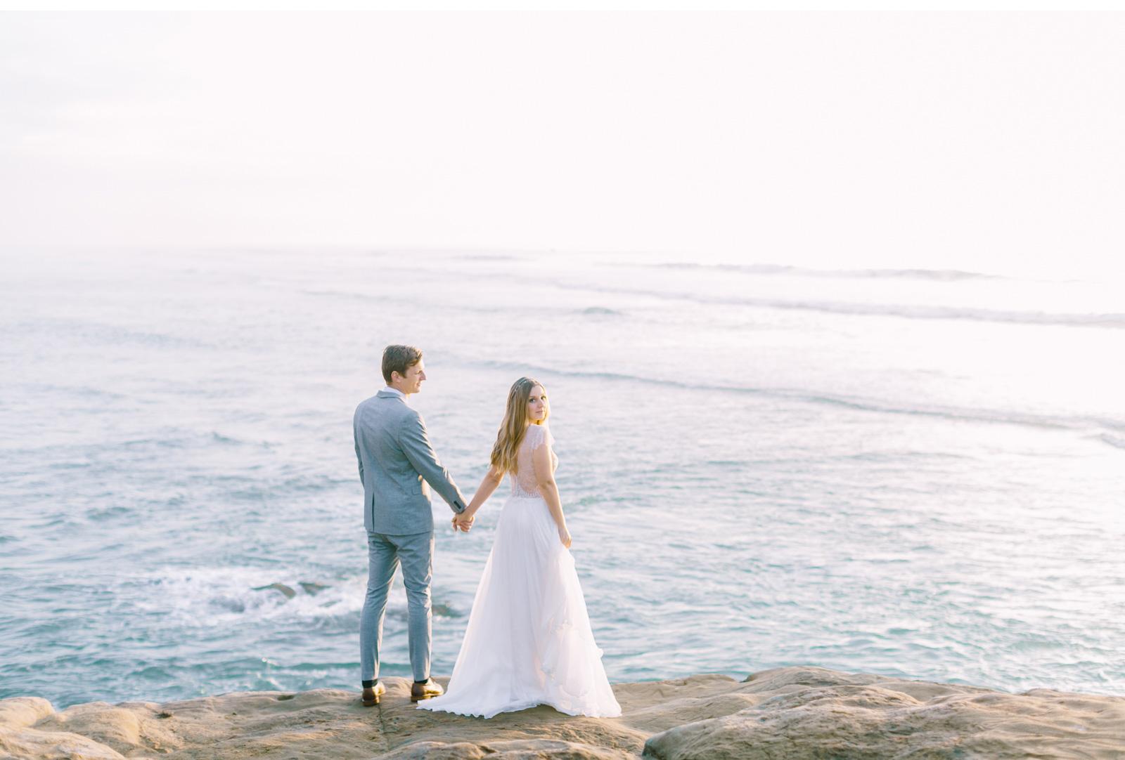 Hawaii-Fine-Art-Wedding-Photographer-Natalie-Schutt-Photography-Style-Me-Pretty_13.jpg