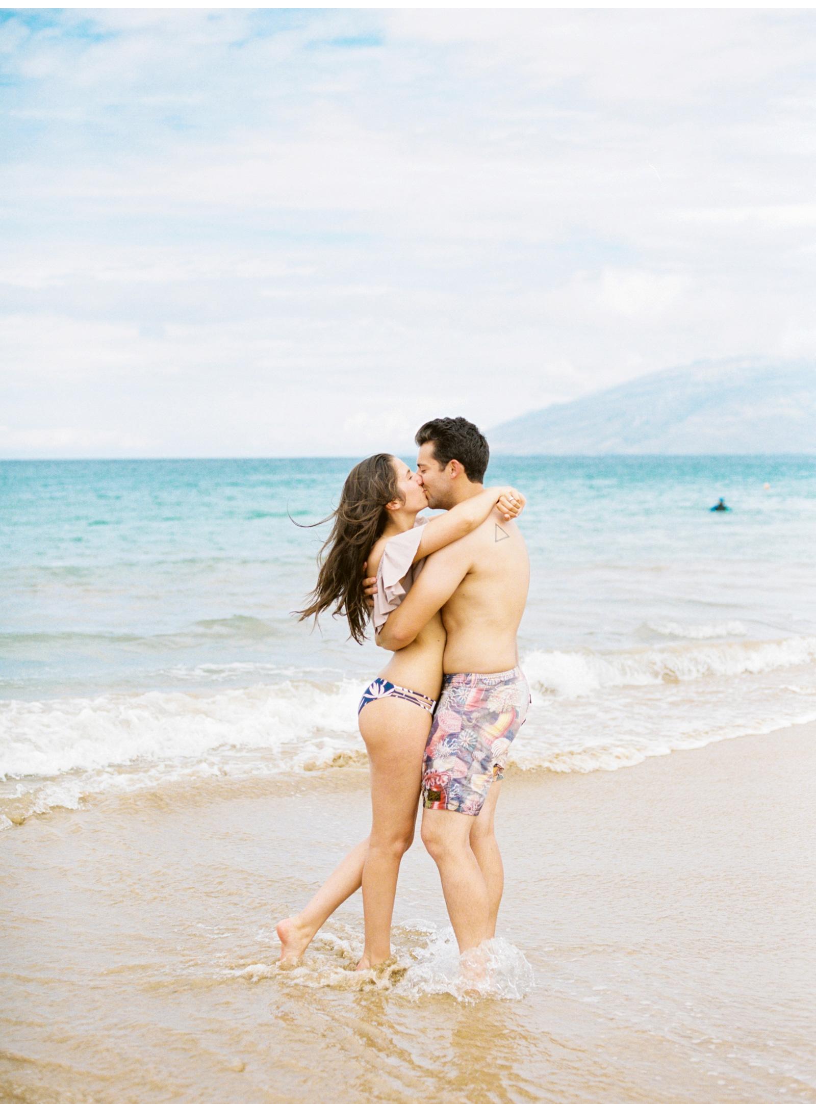 Hawaii-Wedding-Photographer-Natalie-Schutt-Photography_05.jpg