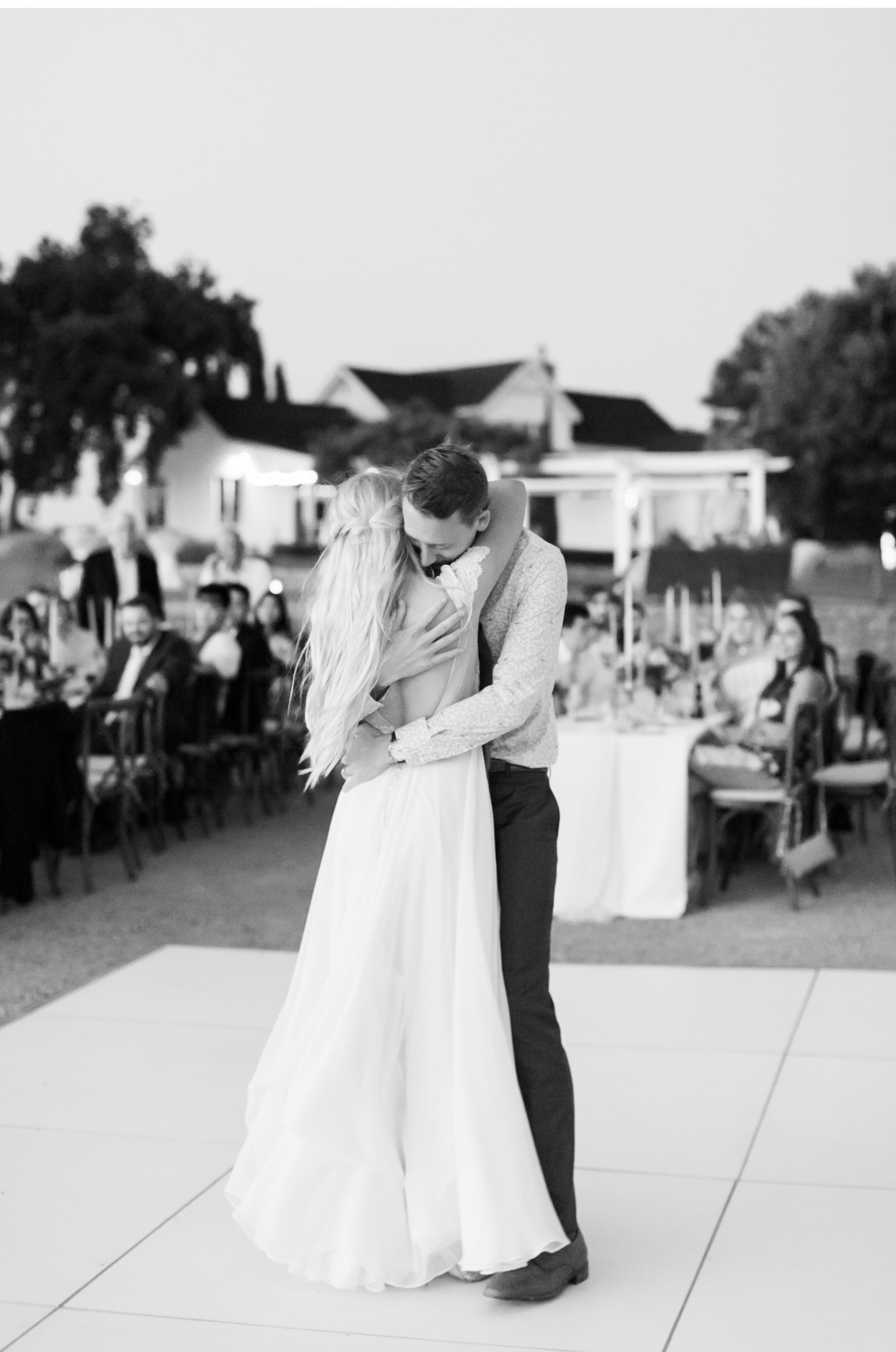 Style-Me-Pretty-California-Wedding-San-Luis-Obispo-Paso-Robles-Natalie-Schutt-Photography_03.jpg