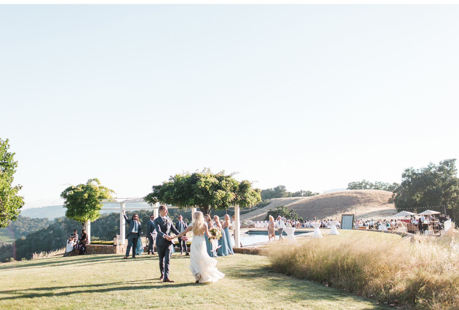 Style-Me-Pretty-California-Wedding-San-Luis-Obispo-Paso-Robles-Natalie-Schutt-Photography_13.jpg