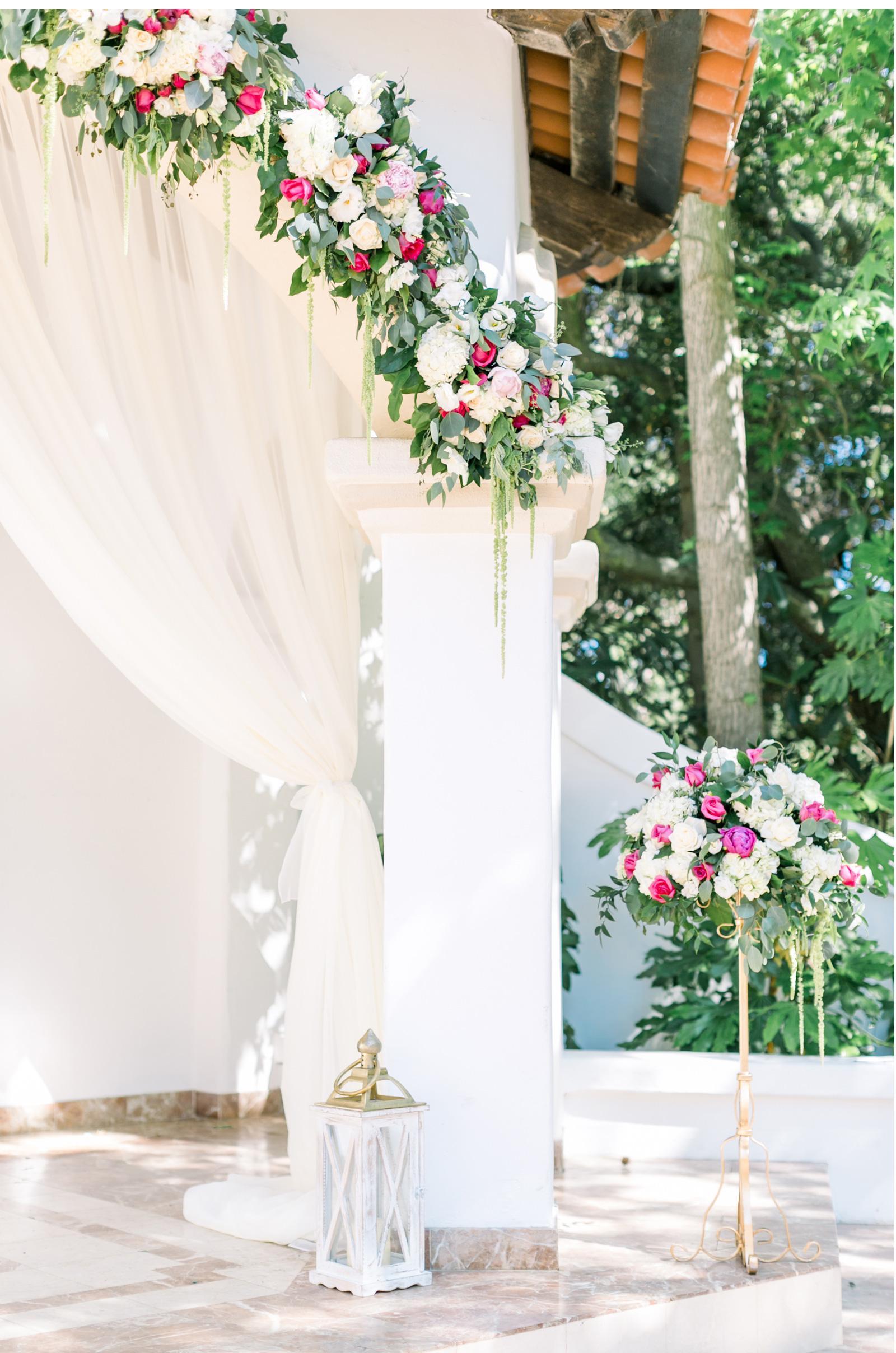 Malibu-Classic-Wedding-Style-Me-Pretty-Natalie-Schutt-Photography_10.jpg