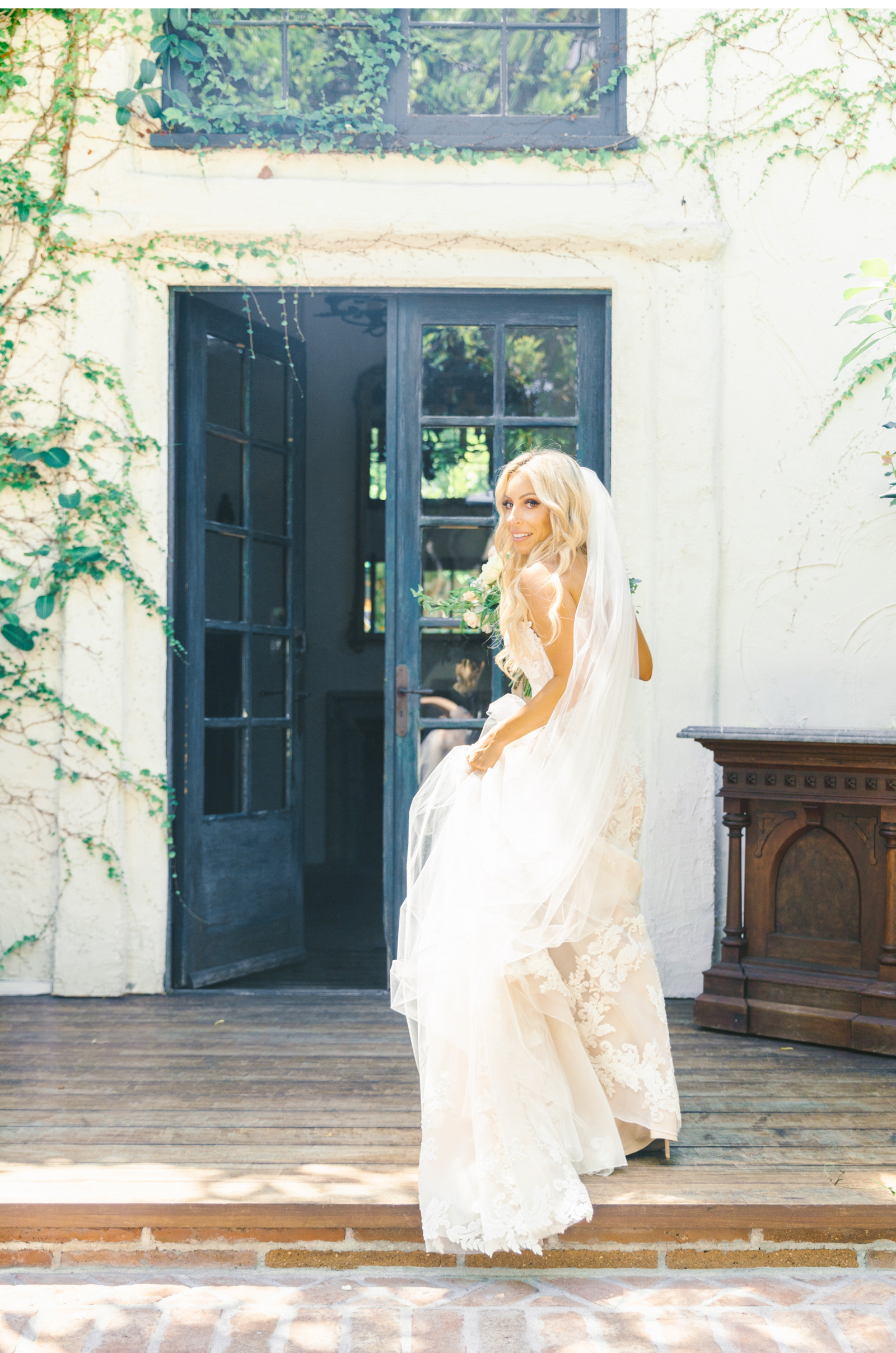Saddle-Rock-Ranch-Photographer-Malibu-Weddings-San-Juan-Capistrano-Wedding-Venue-Natalie-Schutt-Photography_11.jpg