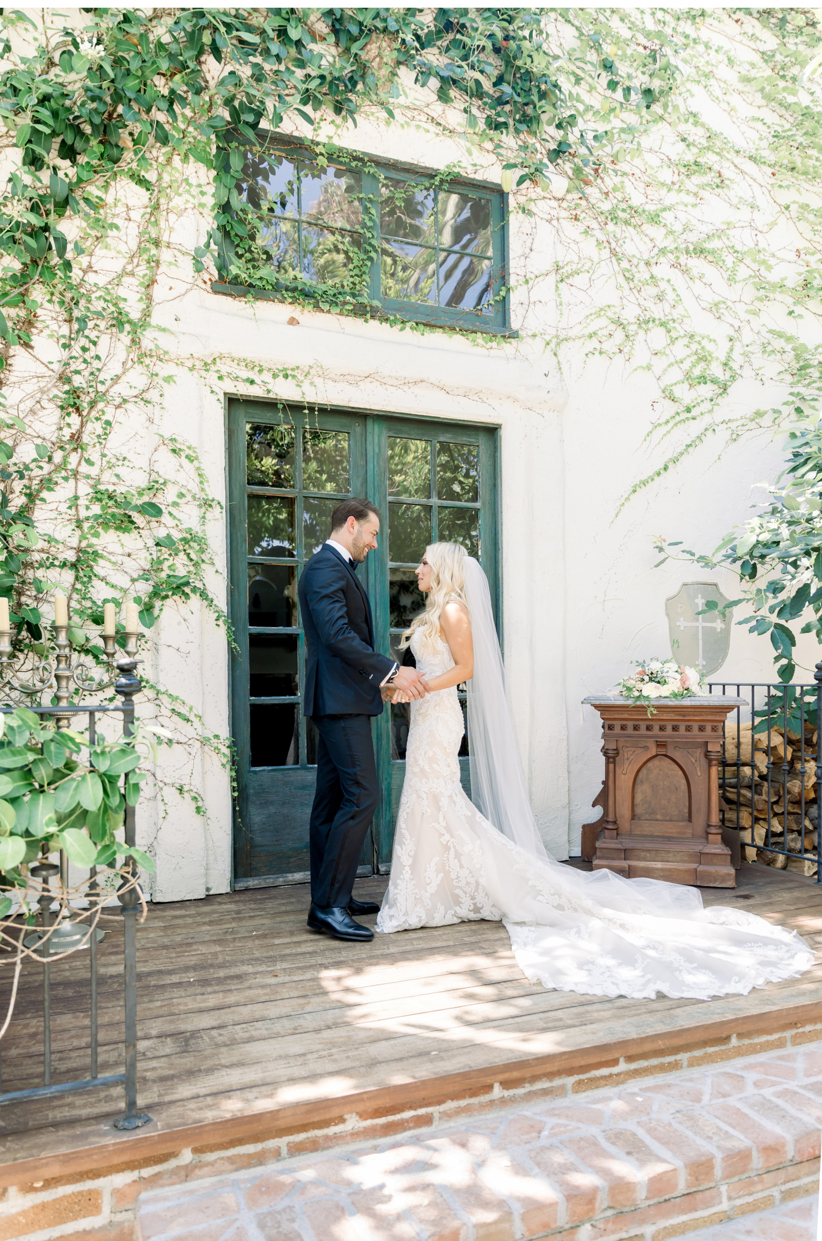 San-Juan-Capistrano-Wedding-Photographer-Malibu-Weddings-Malibu-Wedding-Venues-Natalie-Schutt-Photographer_05.jpg