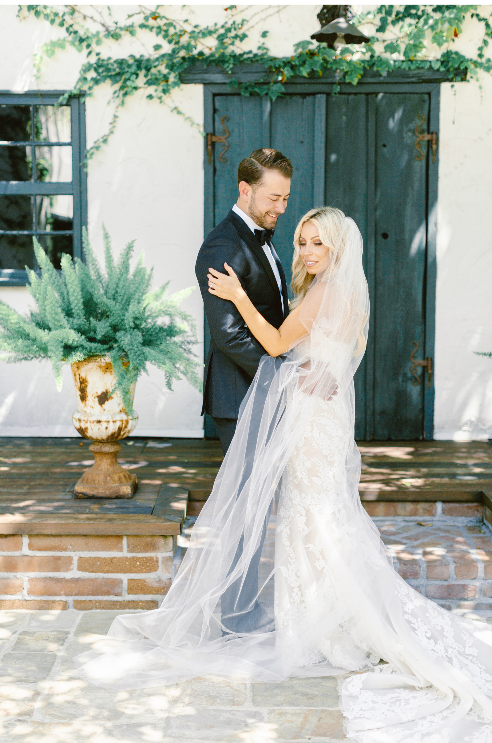 San-Juan-Capistrano-Wedding-Photographer-Malibu-Weddings-Malibu-Wedding-Venues-Natalie-Schutt-Photographer_10.jpg