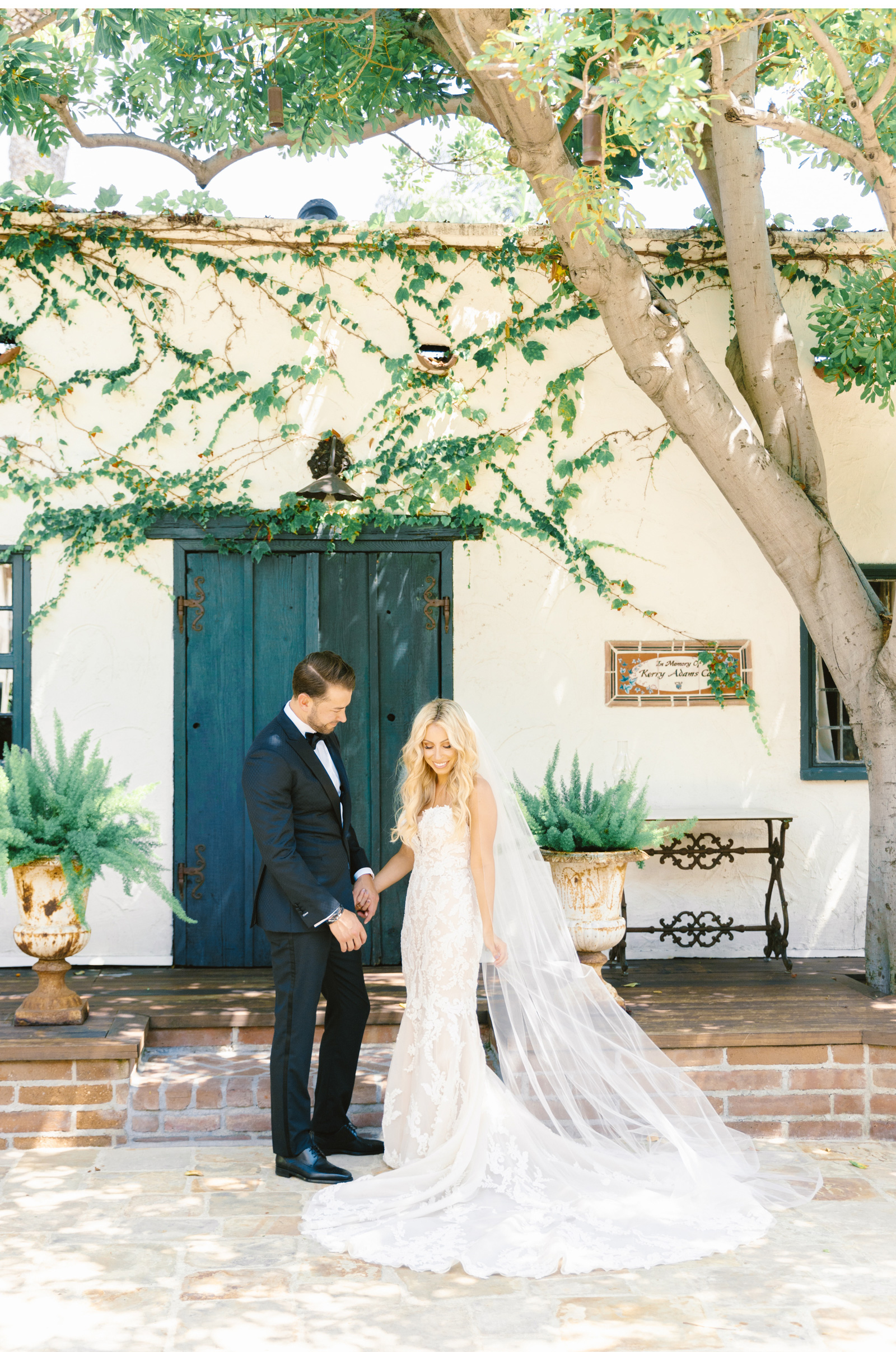 San-Juan-Capistrano-Wedding-Photographer-Malibu-Weddings-Malibu-Wedding-Venues-Natalie-Schutt-Photographer_11.jpg