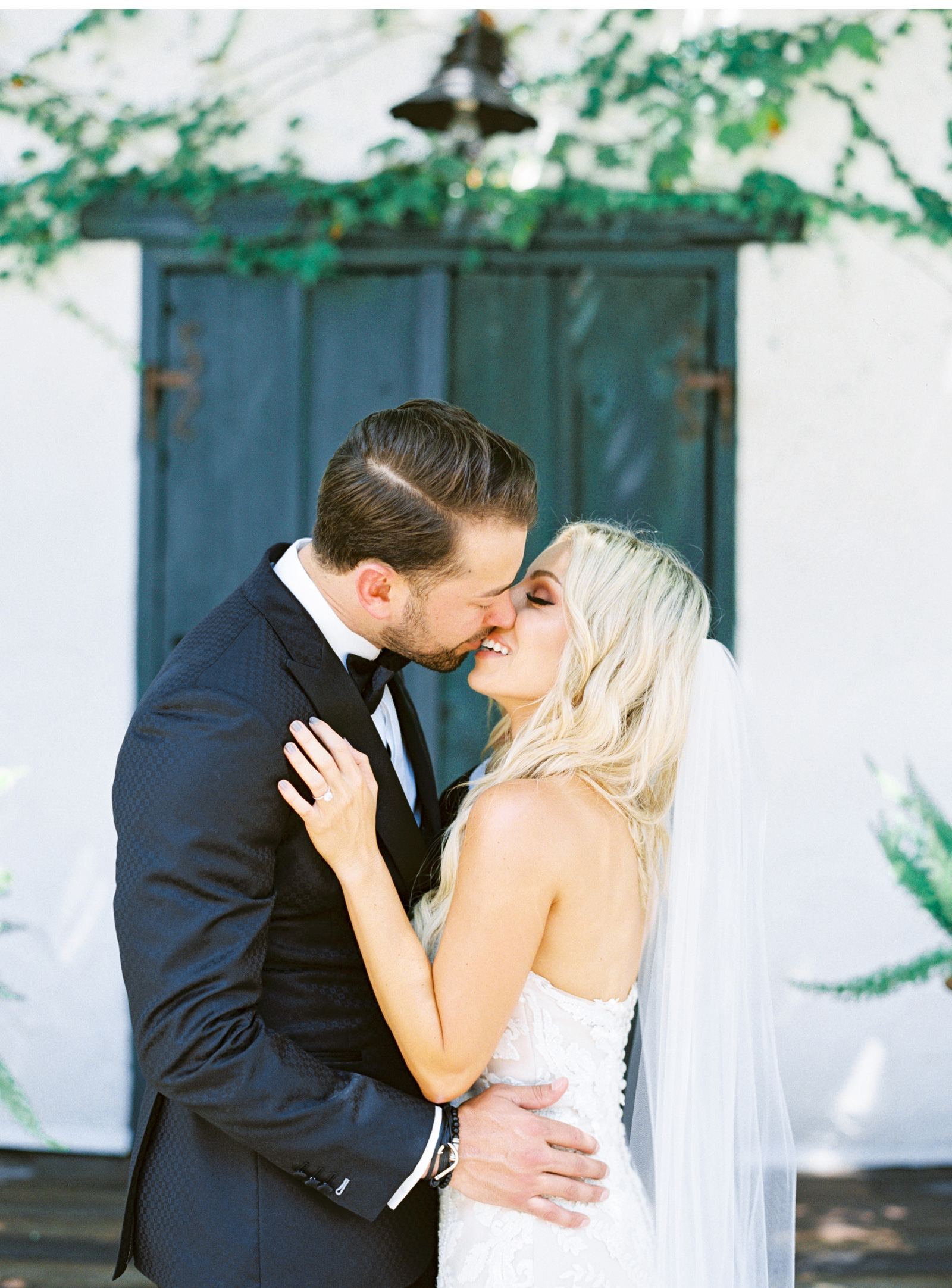 San-Juan-Capistrano-Wedding-Photographer-Southern-California-Wedding-Venues-Malibu-Wedding-Photographer-Natalie-Schutt-Photography_08.jpg
