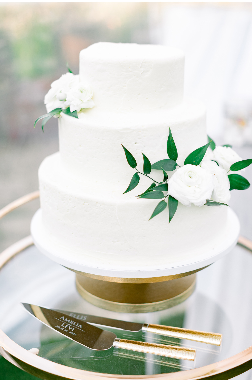 Malibu-Fine-Art-Wedding-Photographer-Style-Me-Pretty-Southern-Califronia-Wedding-Venues-Natalie-Schutt-Photography-_11.jpg