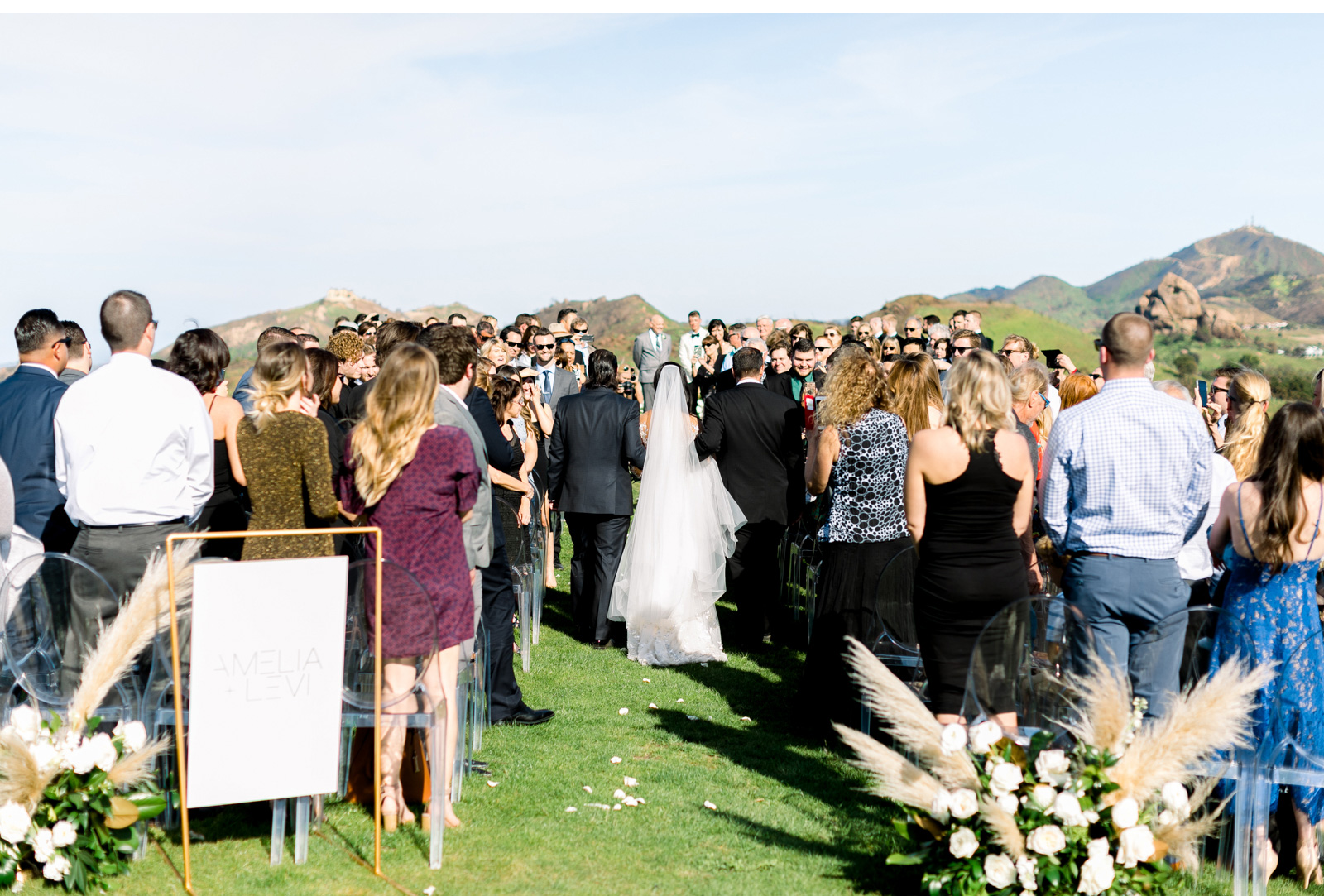 Style-Me-Pretty-Malibu-Wedding-Photogrpaher-Southern-California-Wedding-Photographer-Natalie-Schutt-Photography-_12.jpg