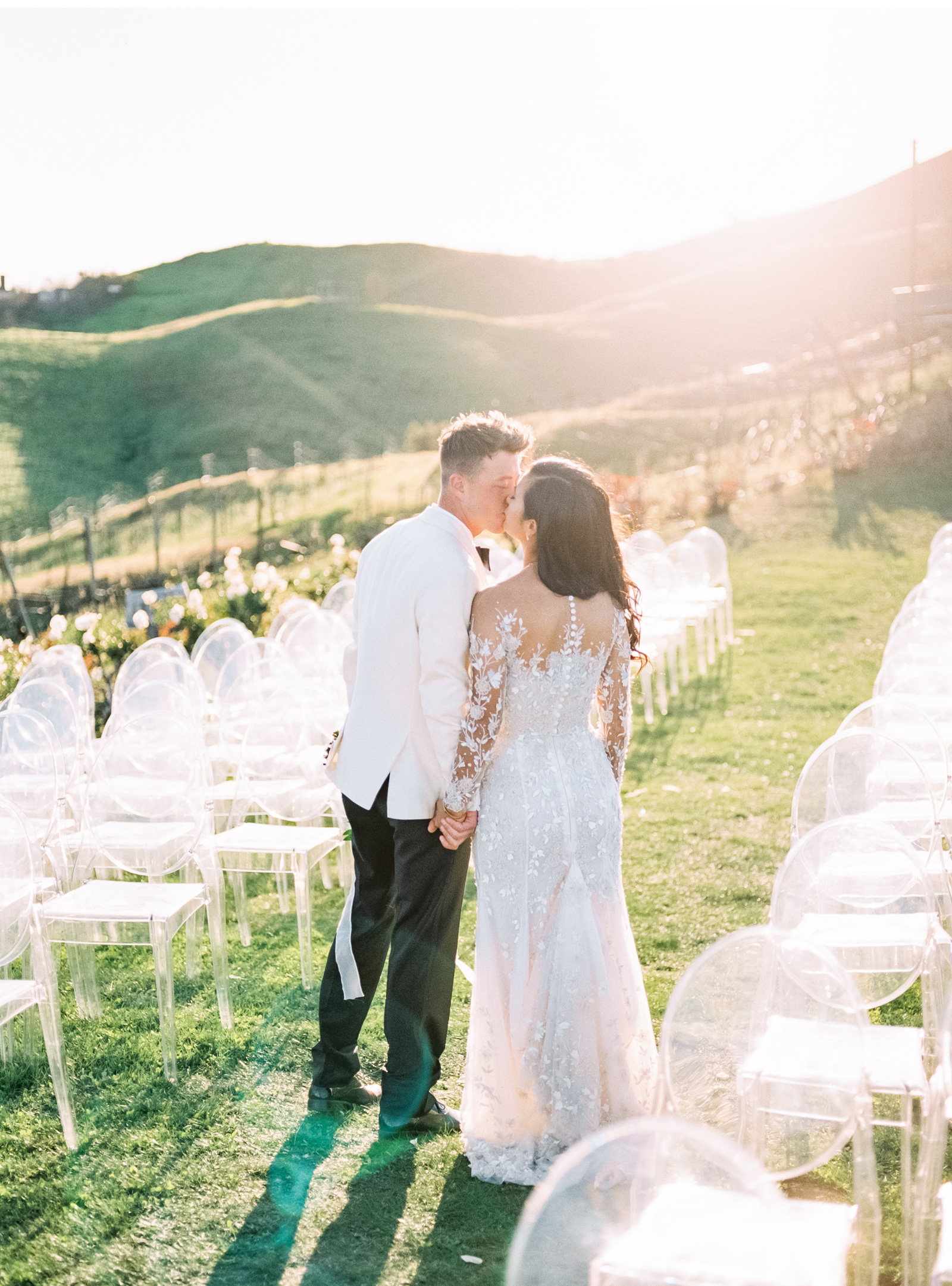 West-Coast-Weddings-Southern-California-Wedding-Photographer-Style-Me-Pretty-Fine-Art-Triunfo-Creek-Malibu-Natalie-Schutt-Photography_03.jpg