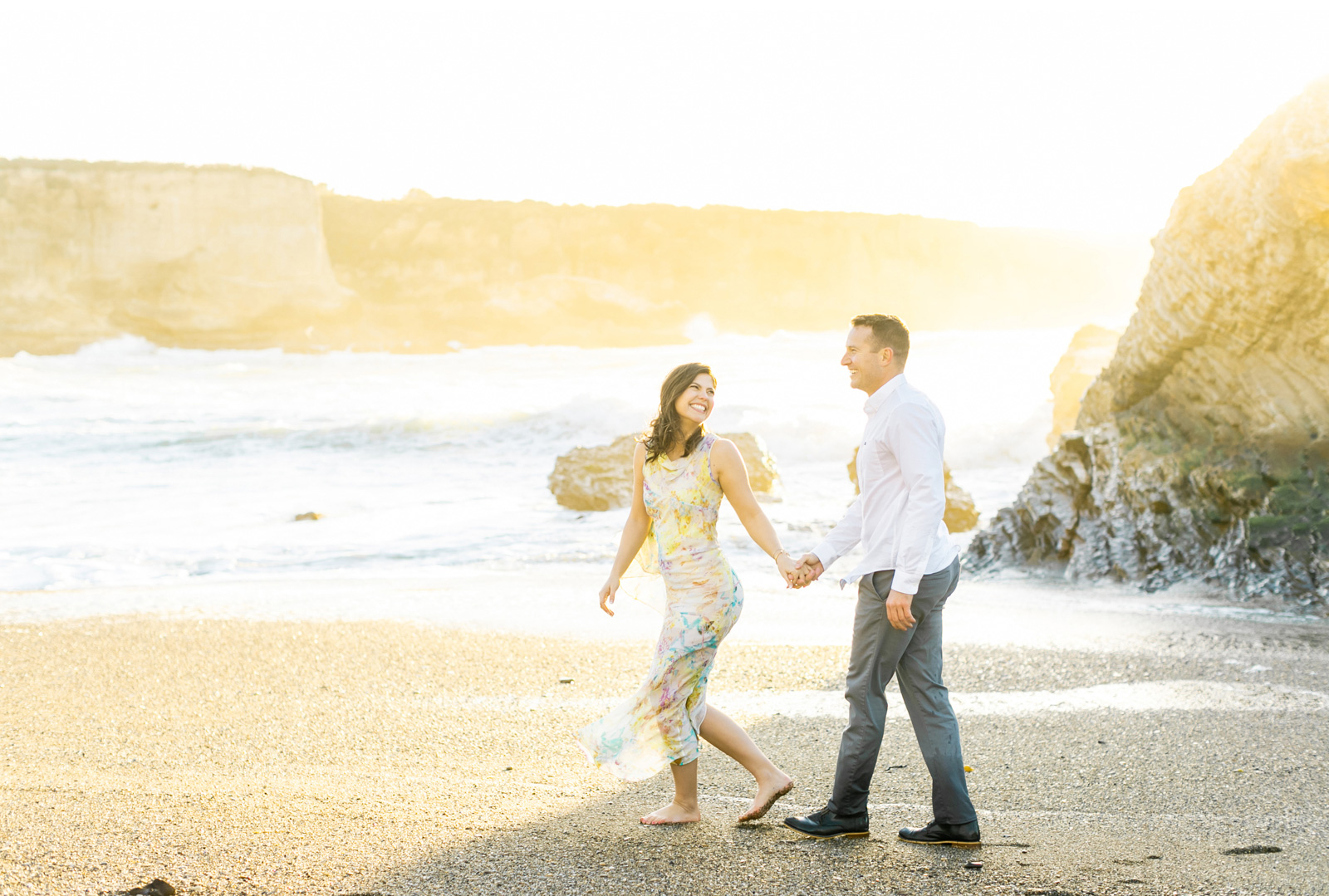 Malibu-Wedding-Photographer-Fine-Art-Photography-Professional-Wedding-Photography-Ocean-Engagement-Natalie-Schutt-Photography_06.jpg
