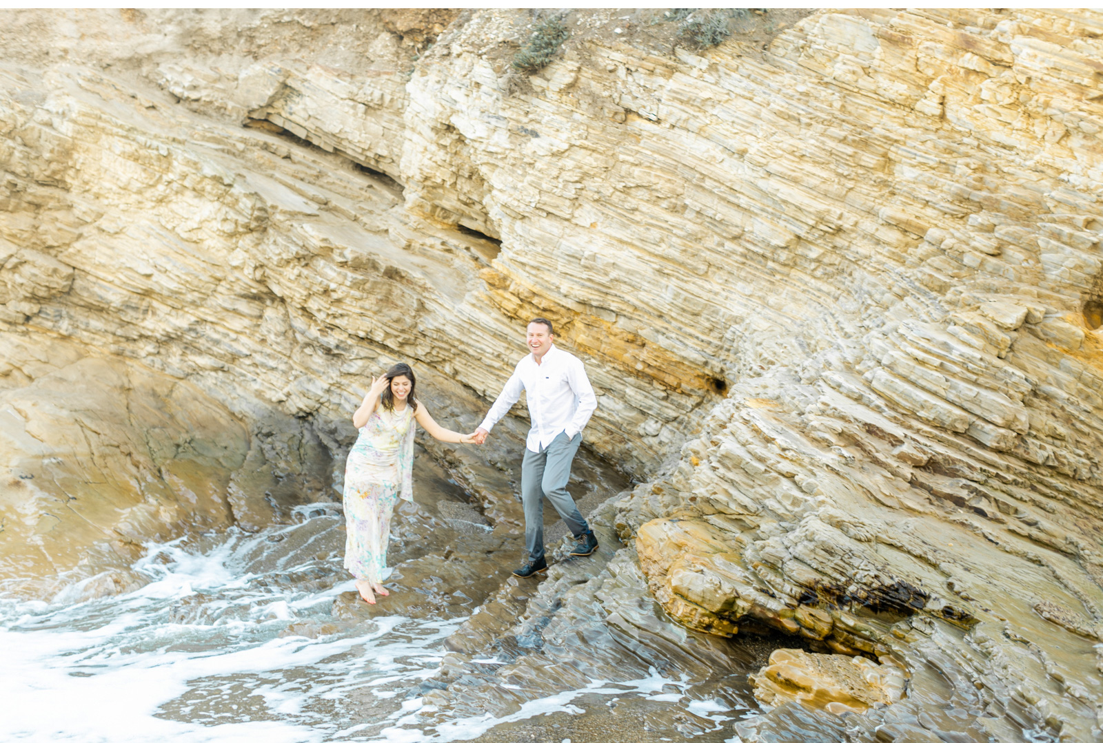 Malibu-Wedding-Photographer-Fine-Art-Photography-Professional-Wedding-Photography-Ocean-Engagement-Natalie-Schutt-Photography_07.jpg