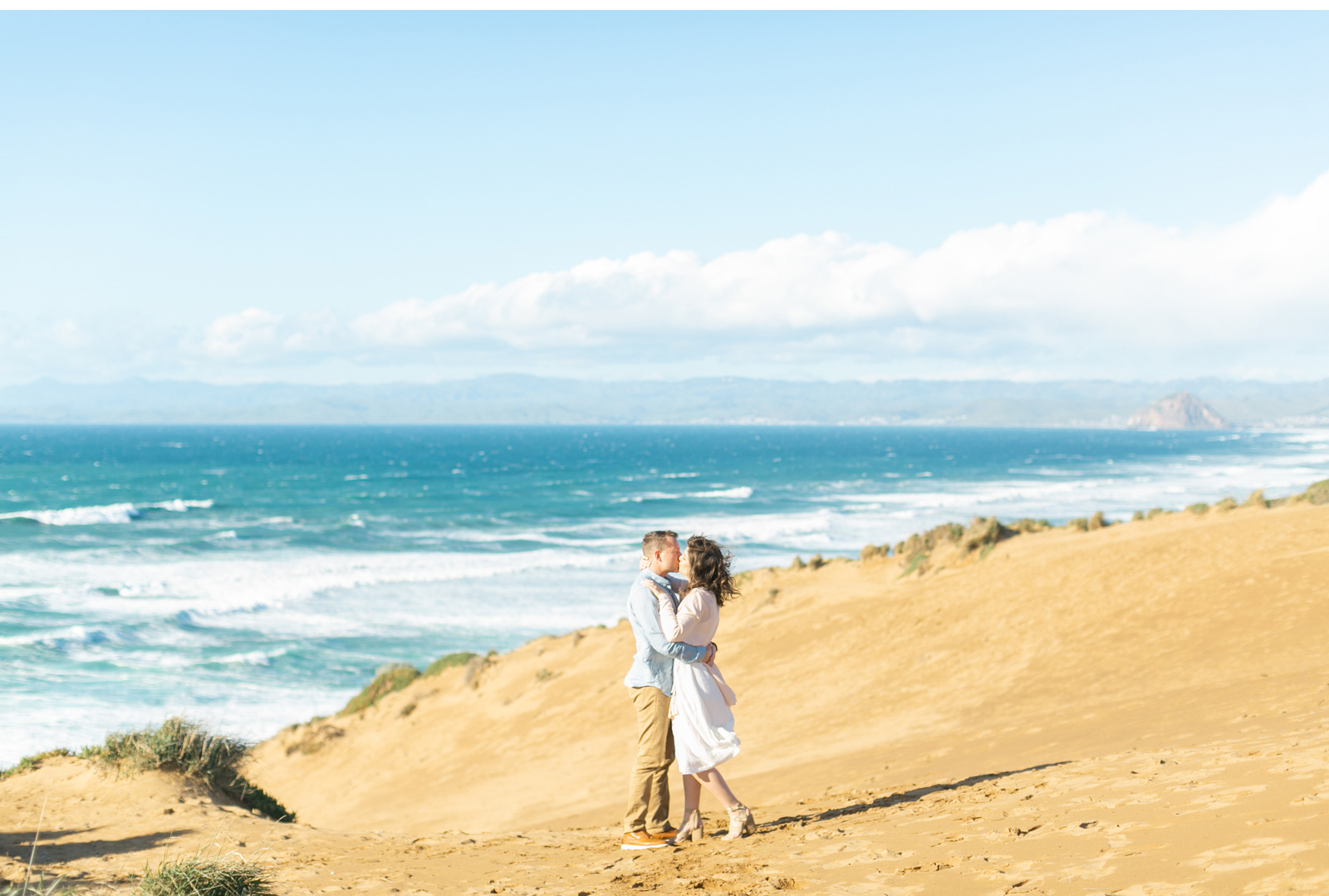 Natalie-Schutt-Photography-Malibu-Engagements-Malibu-Wedding-Beachside-Wedding-Fine-Art-Wedding-Photography-Southern-California-Brides_01.jpg