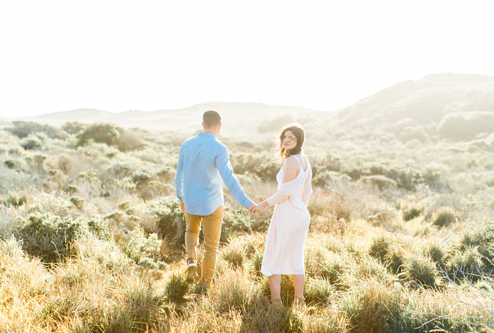 Professional-Wedding-Photographer-Southern-California-Weddings-Malibu-Engagement-Natalie-Schutt-Photography-Style-Me-Pretty-Beachside-Engagement_04.jpg