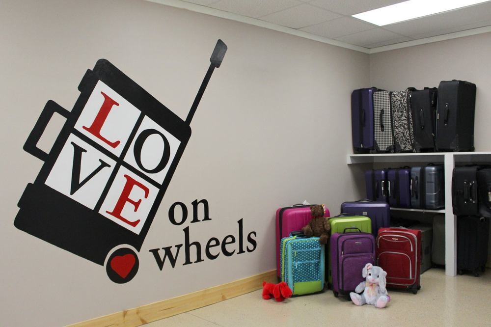 Love on Wheels, a registered 501(c)(3) non-profit organization based in Franklin, TN, sends a message of love, hope, and compassion to children facing transition and uncertainty in their lives.