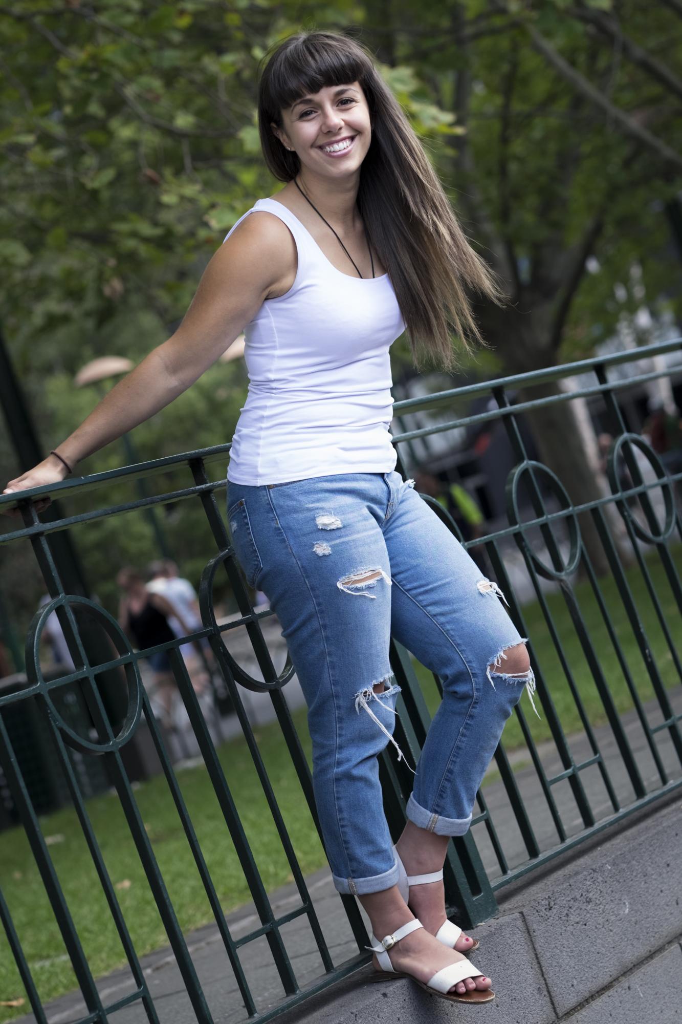 Luisa Full Body_Web_01.jpg