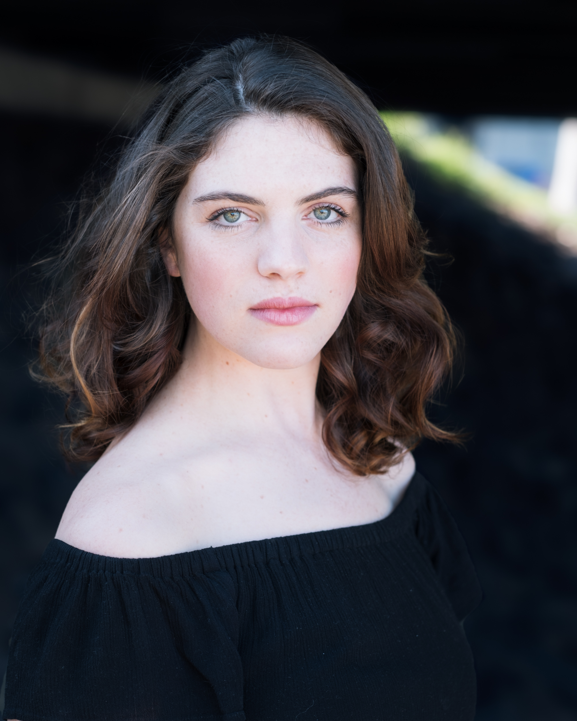 Melbourne Actors Headshot - Olivia Paine