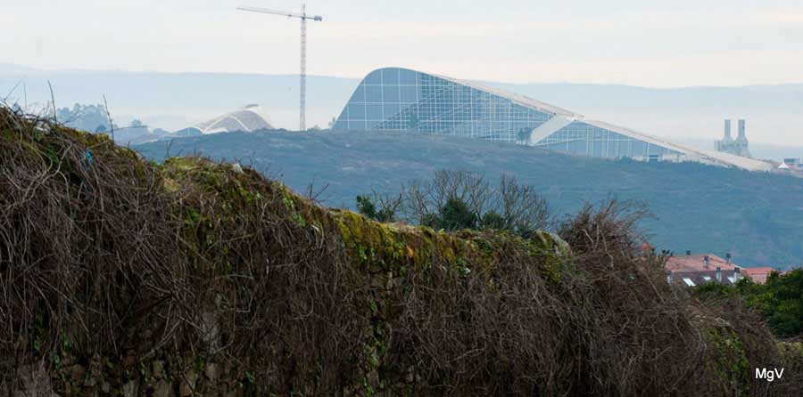 City of Culture of Galicia by Peter Eisenman | 图片来自 Openbuildings