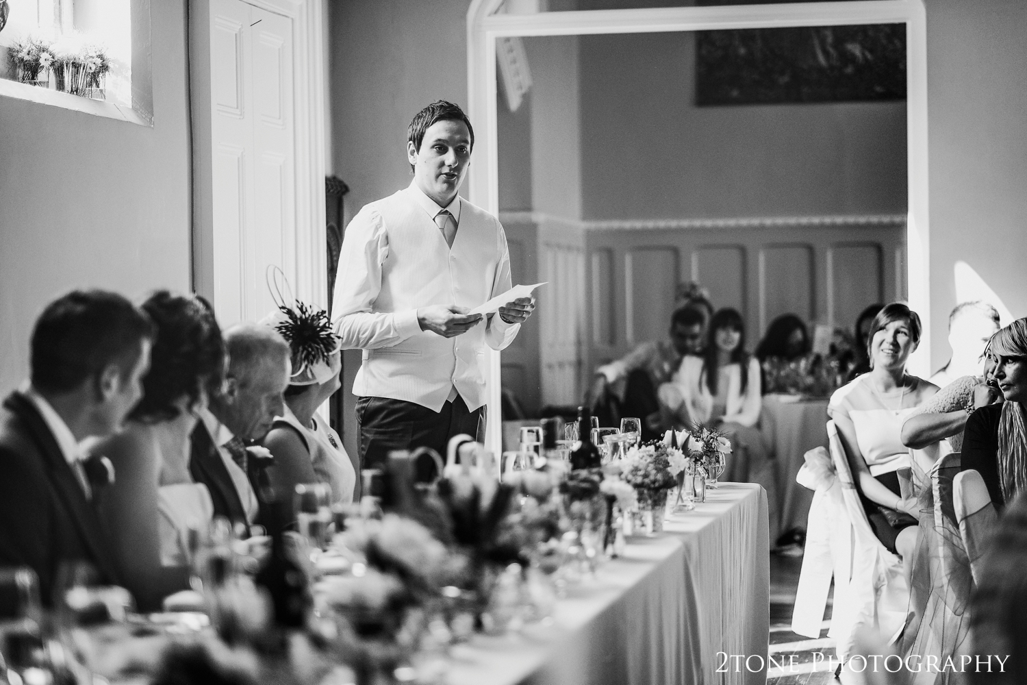 David's best man gave a dignified and respectful speech honouring friendship and toasting the happy couple.