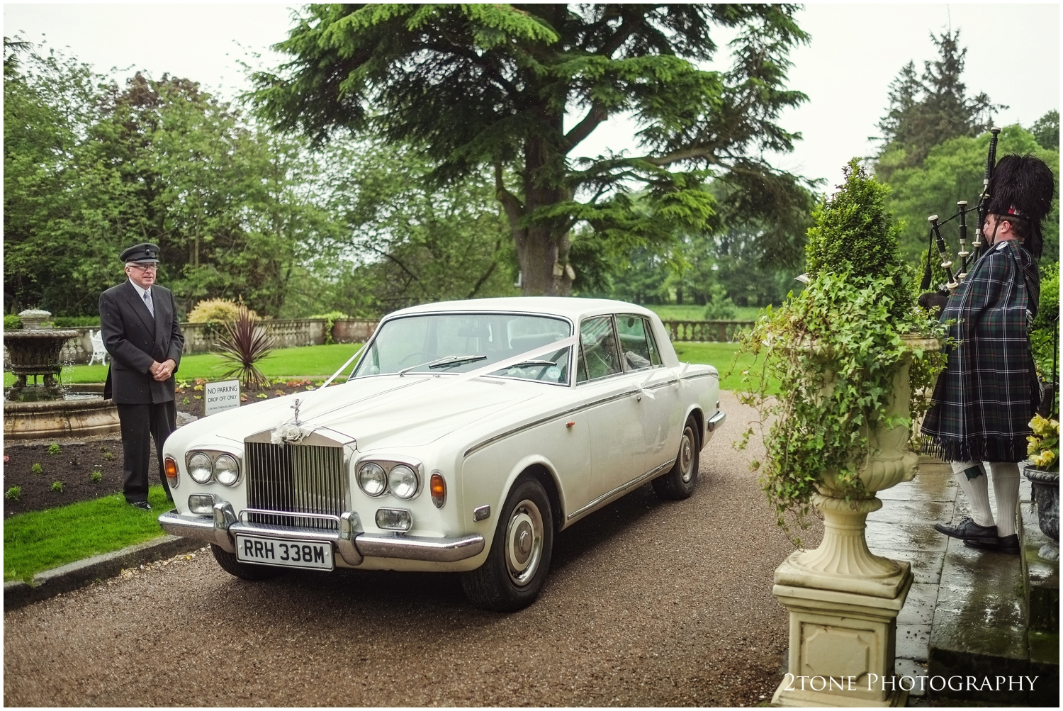 A traditional bag piper piped the wedding car and our couple into Doxford Hall to begin their wedding reception.