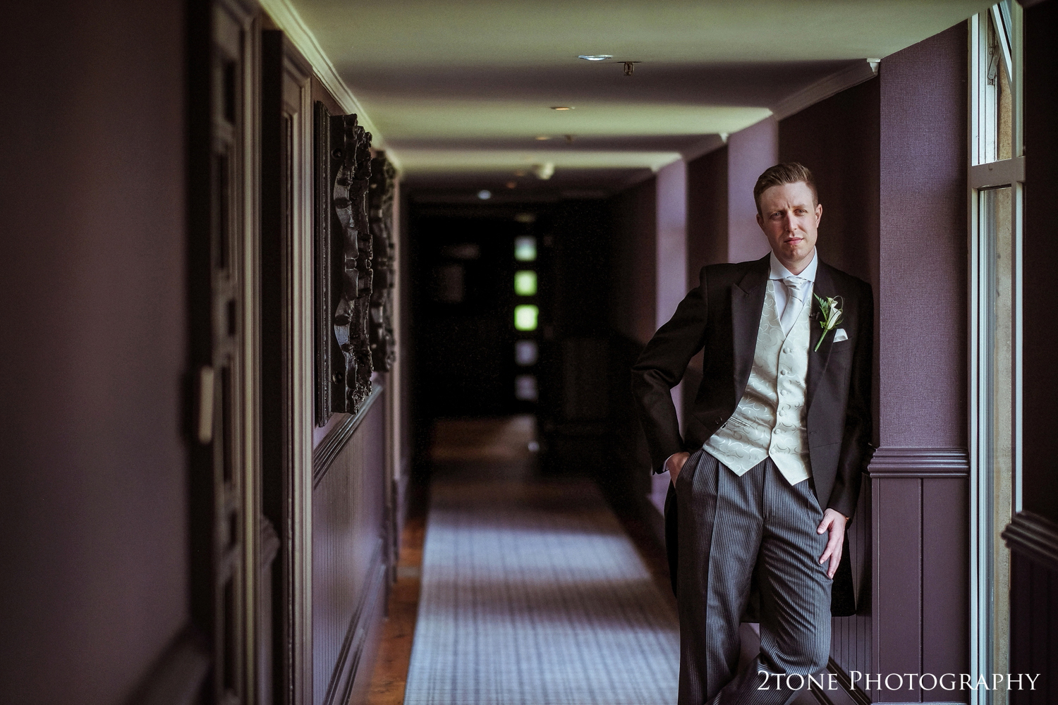 Nigel found a great spot for a classic and very well lit portrait of Paul before the ceremony.