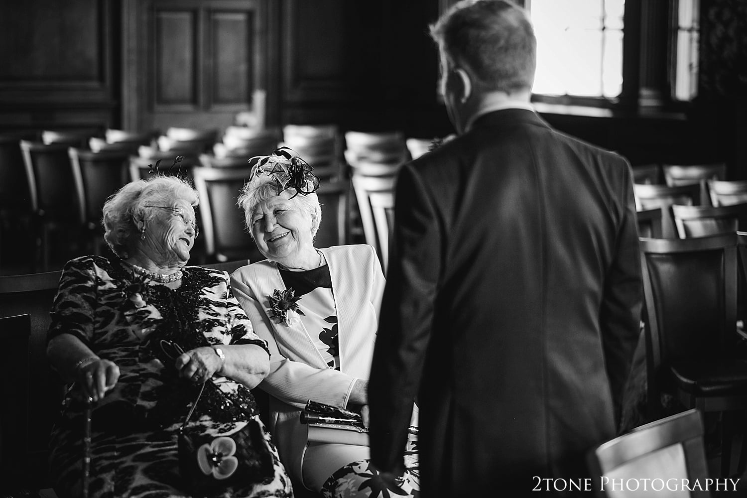 Natural wedding photography.  Wedding Photography at the Lothian Chambers in Edinburgh by 2tone Photography