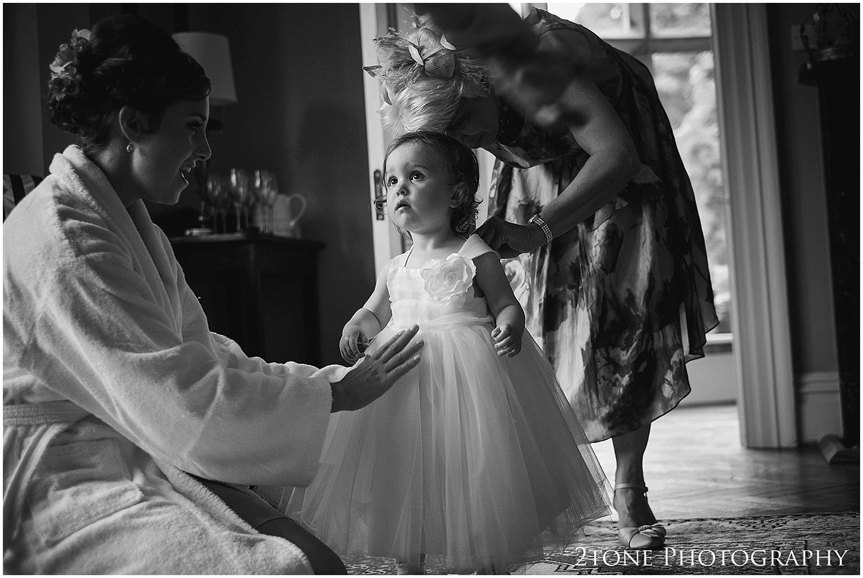 Ellingham Hall wedding photography 010.jpg