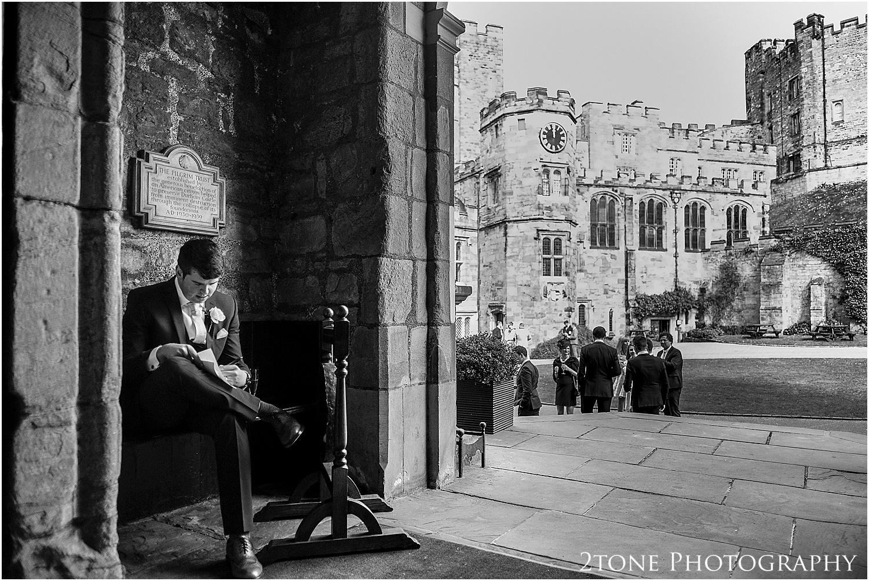Durham-Castle-wedding-Laura-James 071.jpg