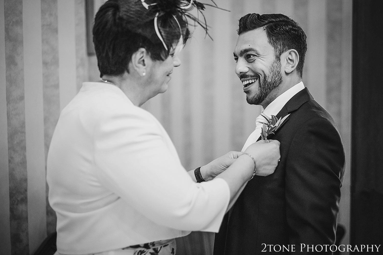 Healey Barn wedding photography 017.jpg