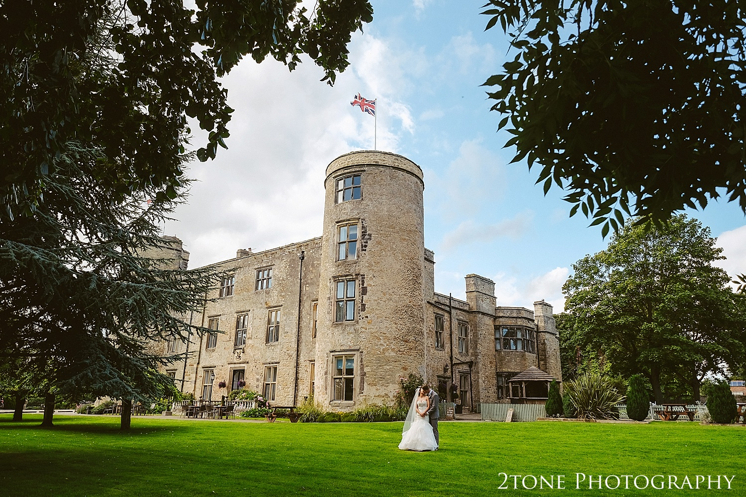 Wallworth Castle wedding photography 43.jpg