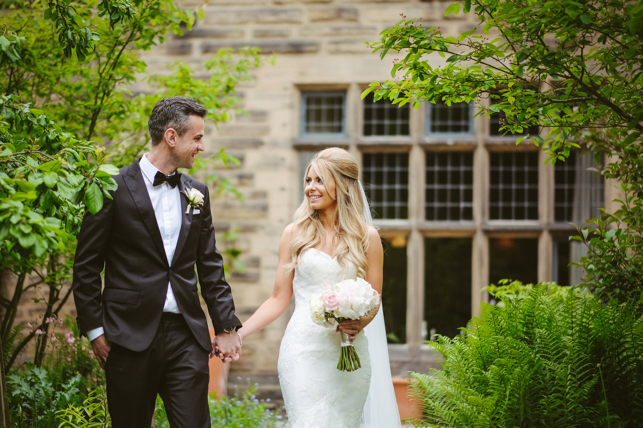 How to feel confident for your wedding photos
