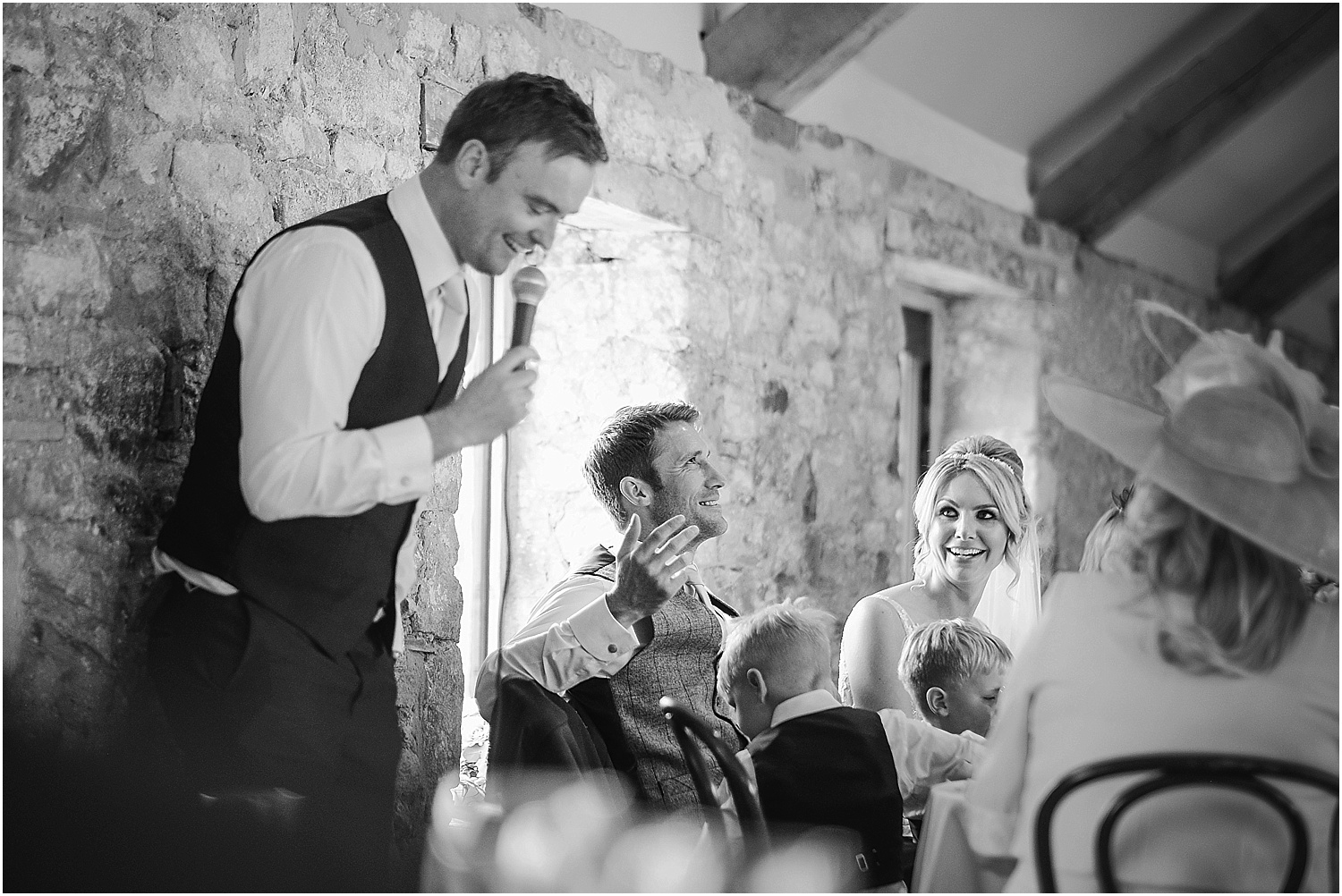 Healey Barn wedding by www.2tonephotography.co.uk 090.jpg