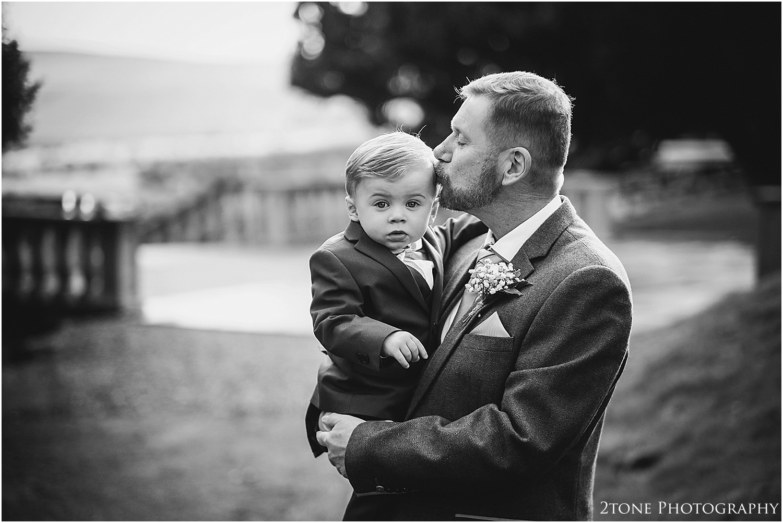 Woodhill Hall wedding photographer 17.jpg