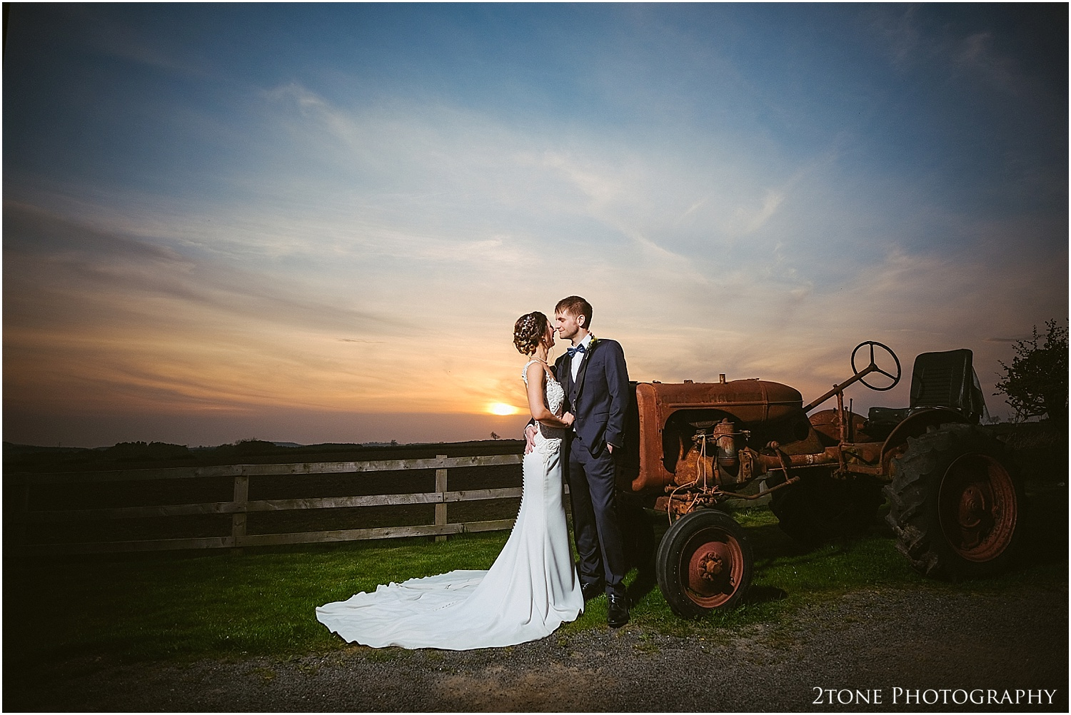 Northside Farm wedding photographer 175.jpg