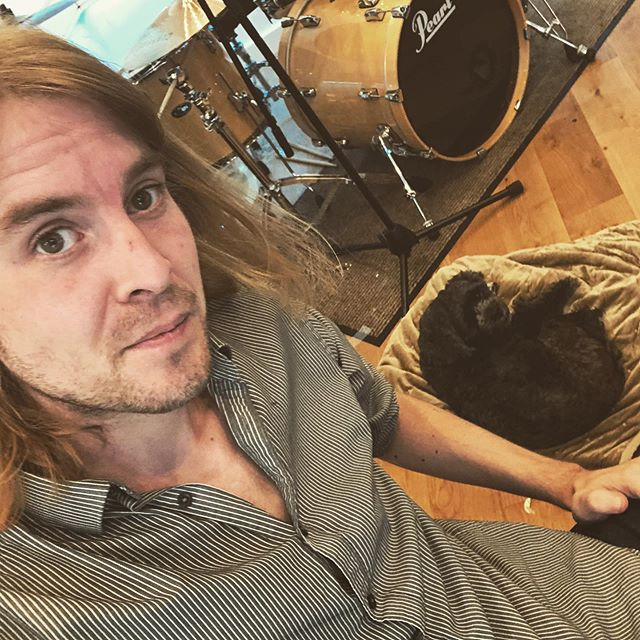 Every studio needs a dog as an assistant. They're crap at making tea but at least they can hear higher frequencies than us #dog #studio #recording #woof #assistant #audio #audioengineer #drums #pets