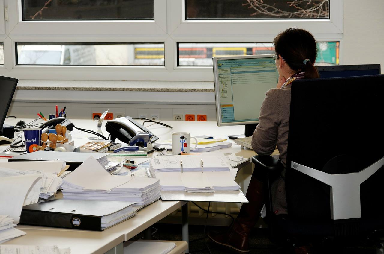 office desk trinket
