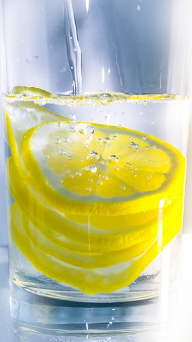 water with citrus