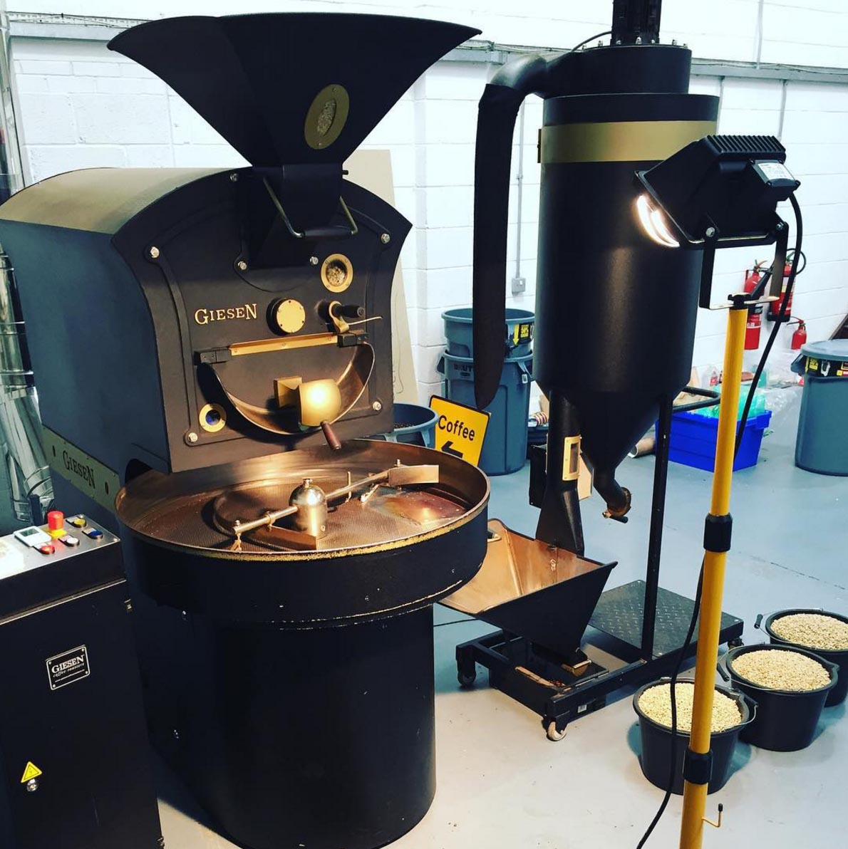 Round Hill Roastery roasting machine for Office Pantry