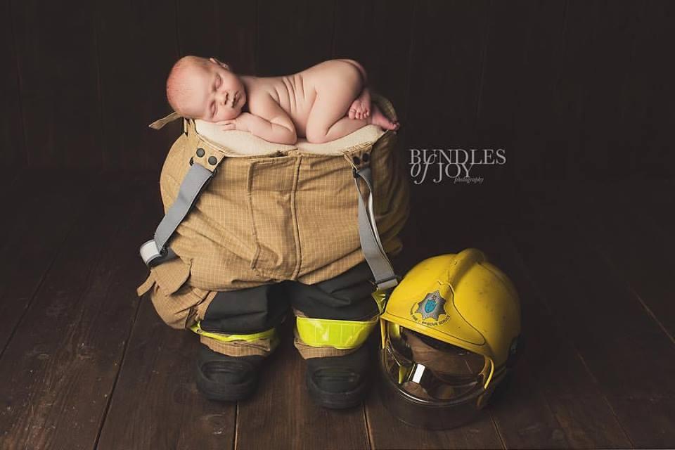 Sleeping-baby-fireman