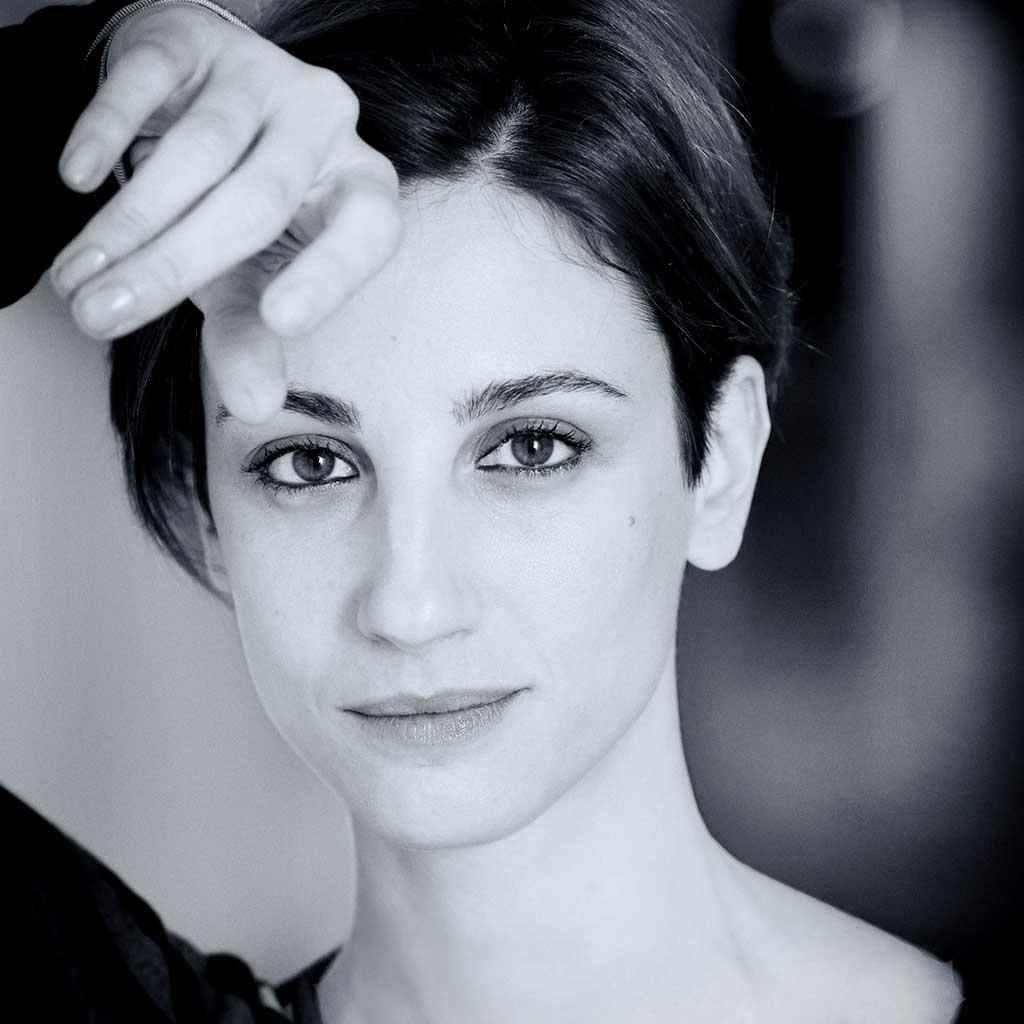 """Francesca Inaudi in """"Stato di ebbrezza"""""""