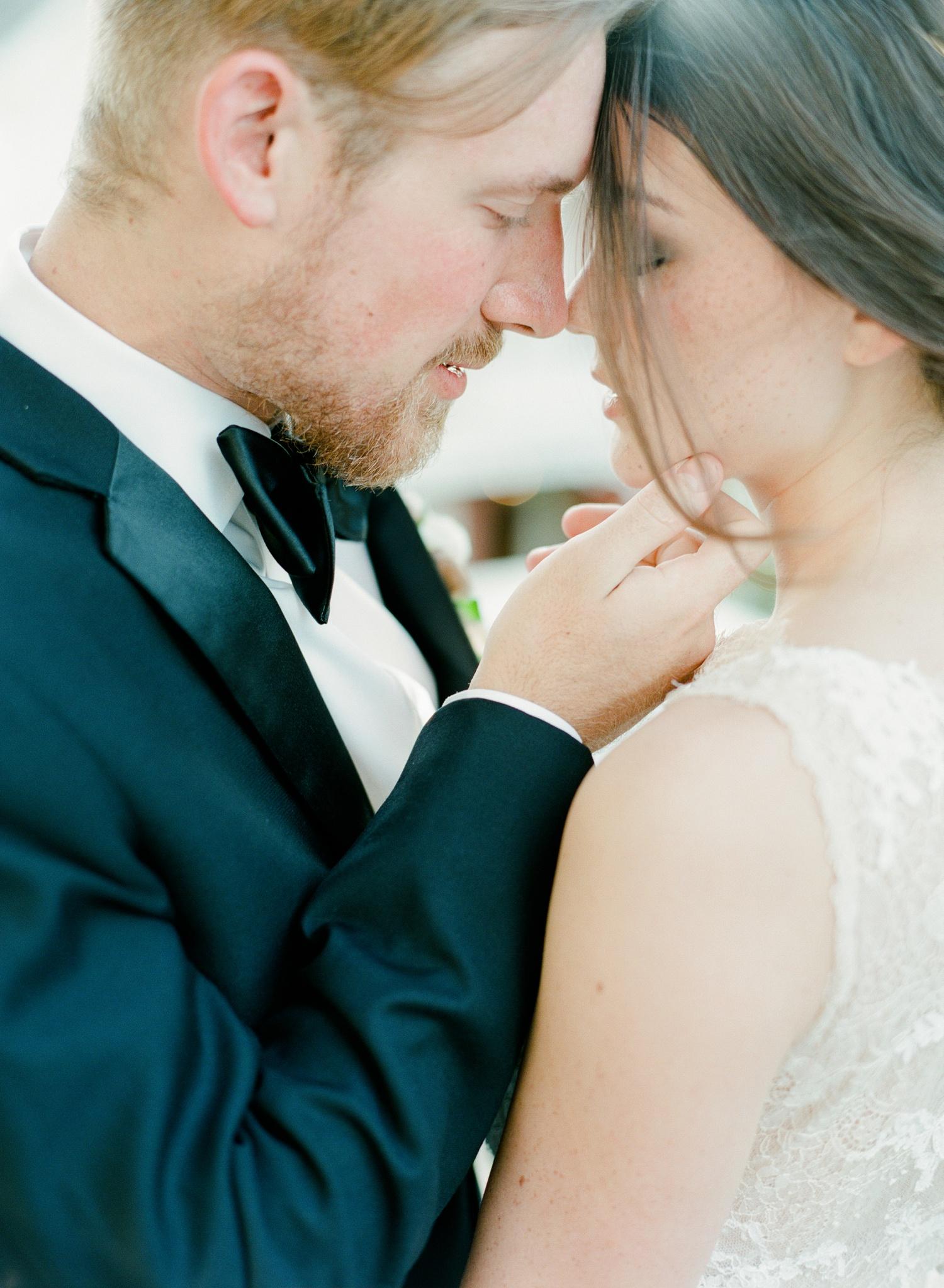 Wedding-Sparrow-Editorial-Savannah-Georgia_0076.jpg