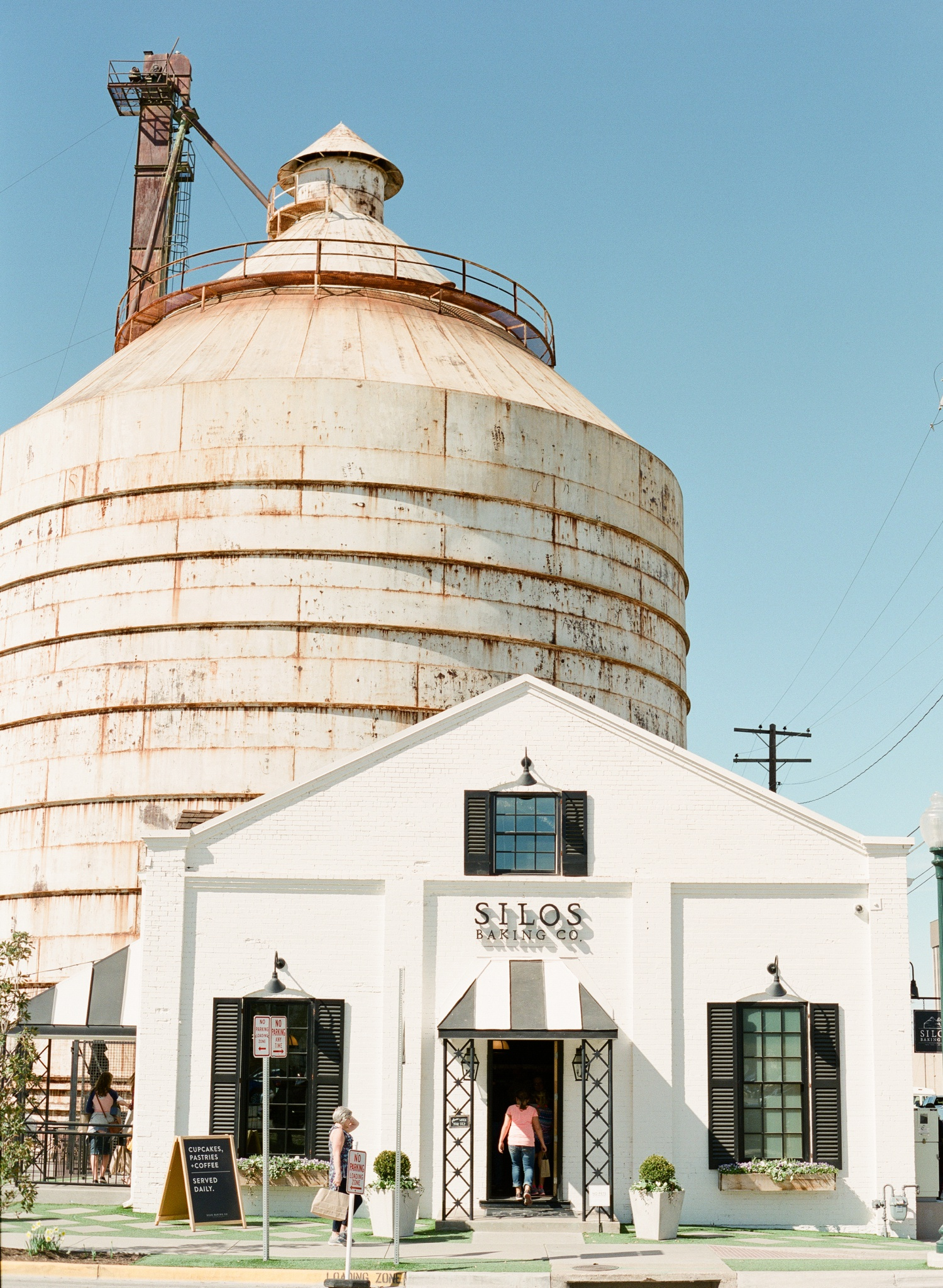 Dallas-Wedding-Photographer-White-Sparrow-Barn_0016.jpg