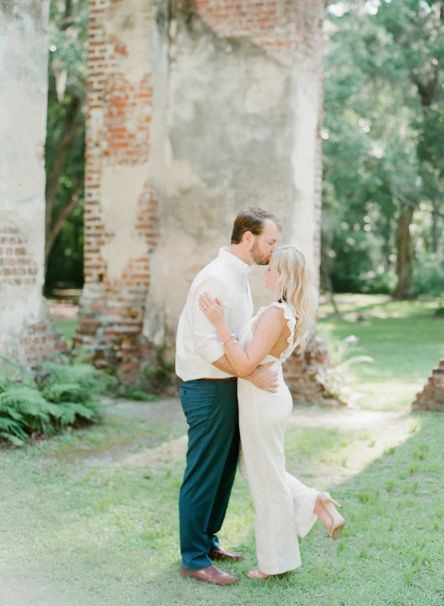 Old-Sheldon-Church-Ruins-Engagement-Charleston_0004.jpg