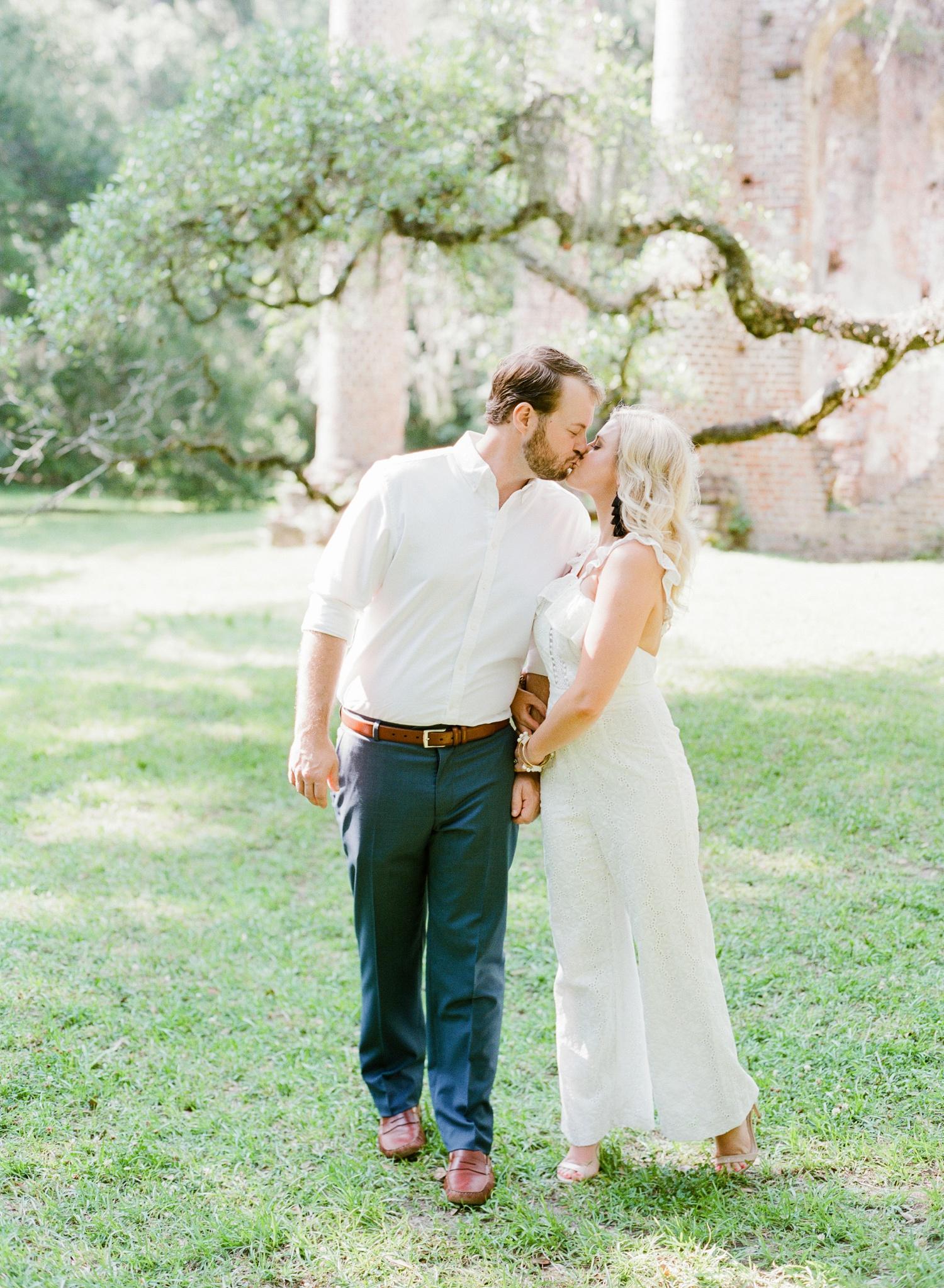 Old-Sheldon-Church-Ruins-Engagement-Charleston_0017.jpg