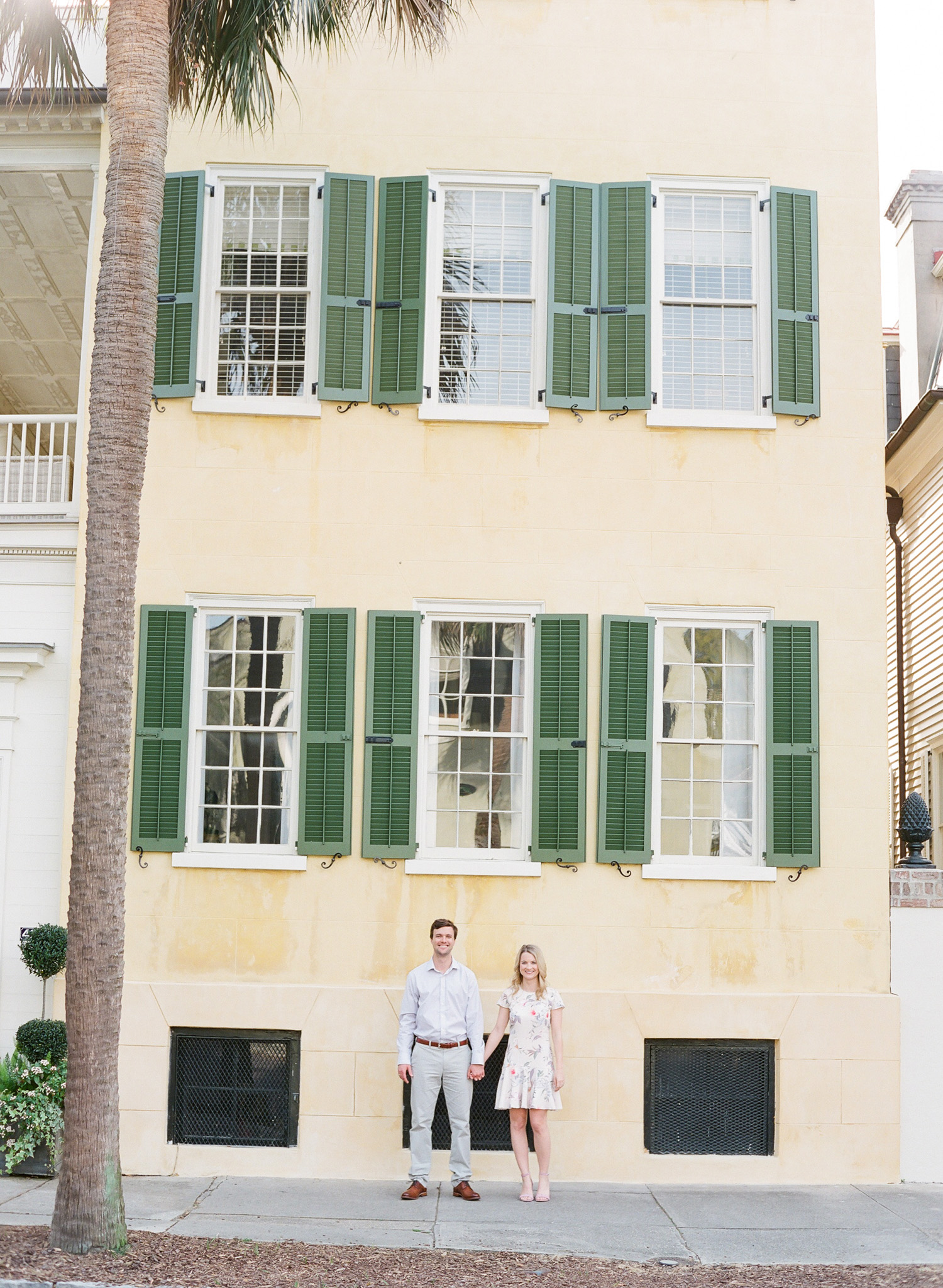 Charleston-Engagement-Session-Photos-1.jpg