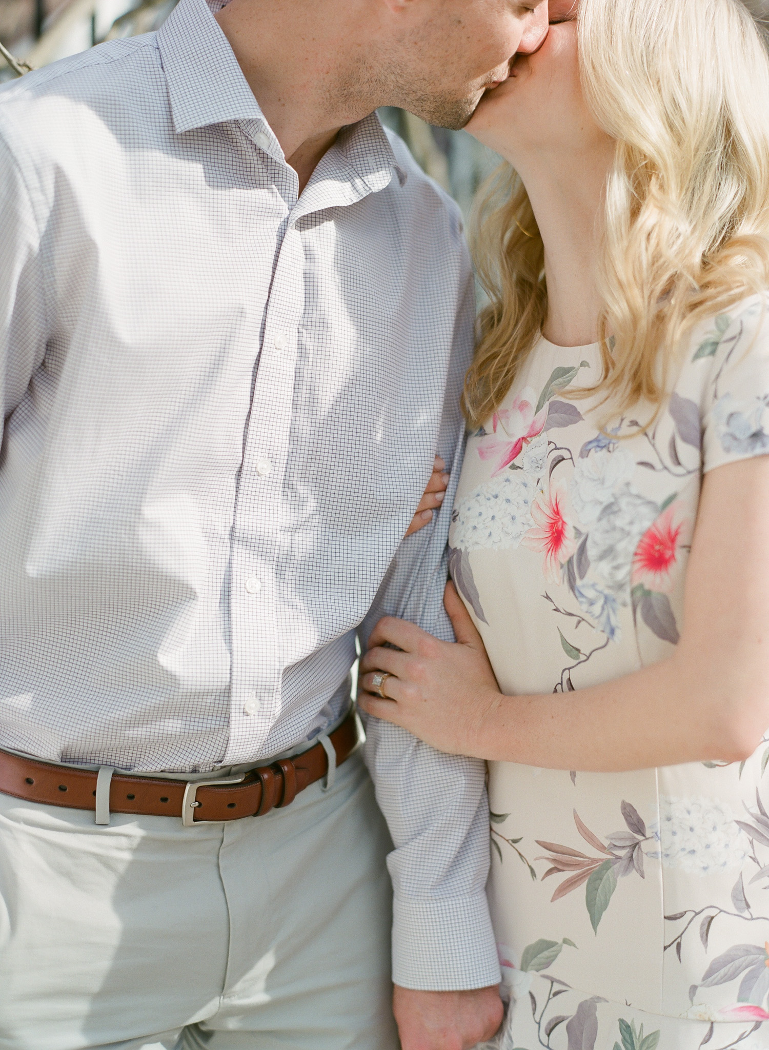 Charleston-Engagement-Session-Photos-15.jpg